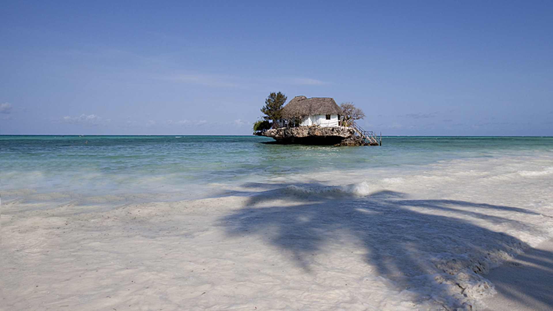 Esta pequeña isla, es uno de los mejores restaurantes de mariscos que solo se puede acceder por bote.