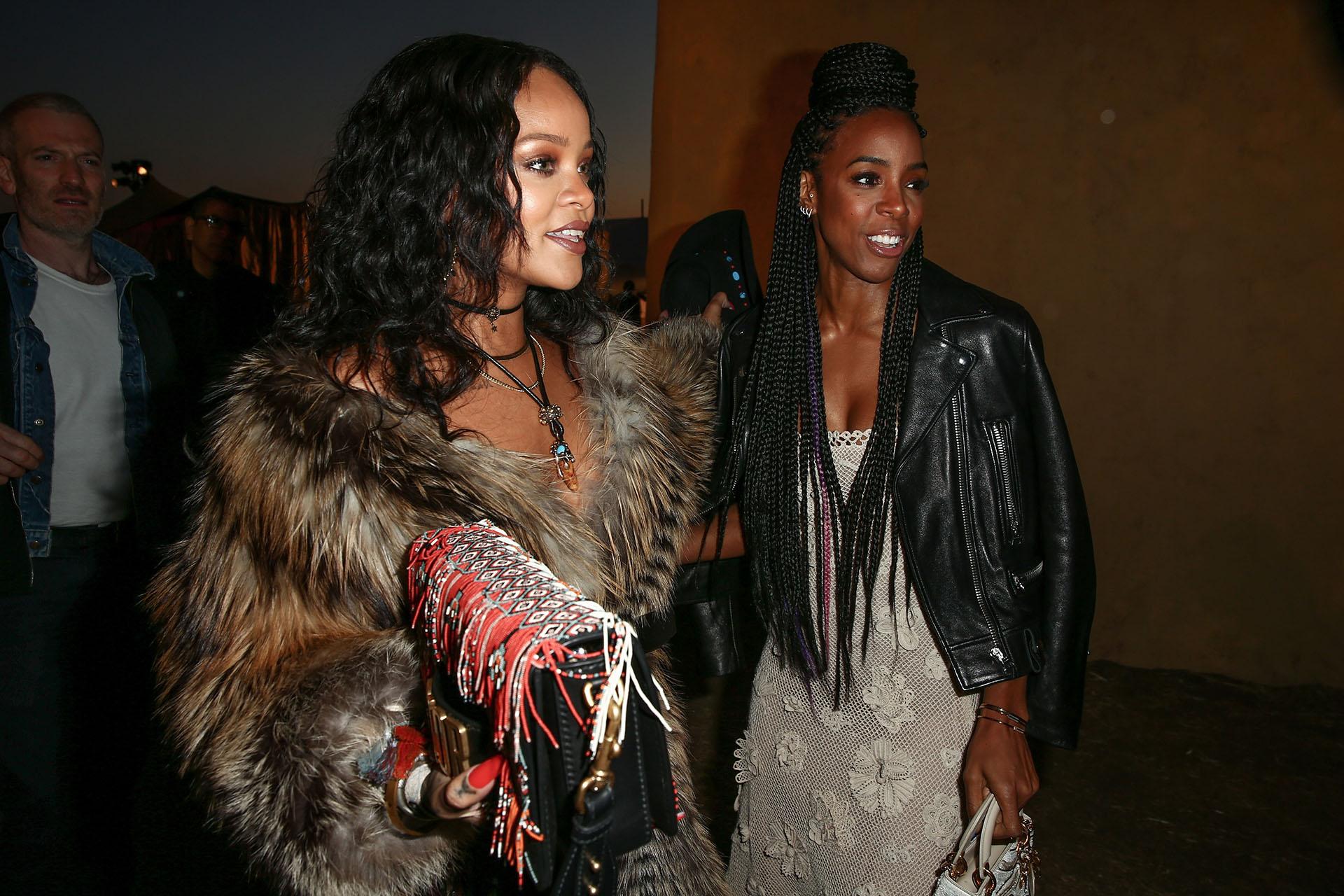 Rihanna arribó en compañía de su colega, Kelly Rowland