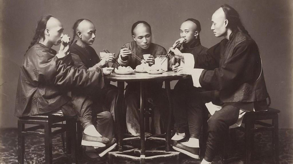 El consumo del opio era muy habitual pero a la vez ilegal