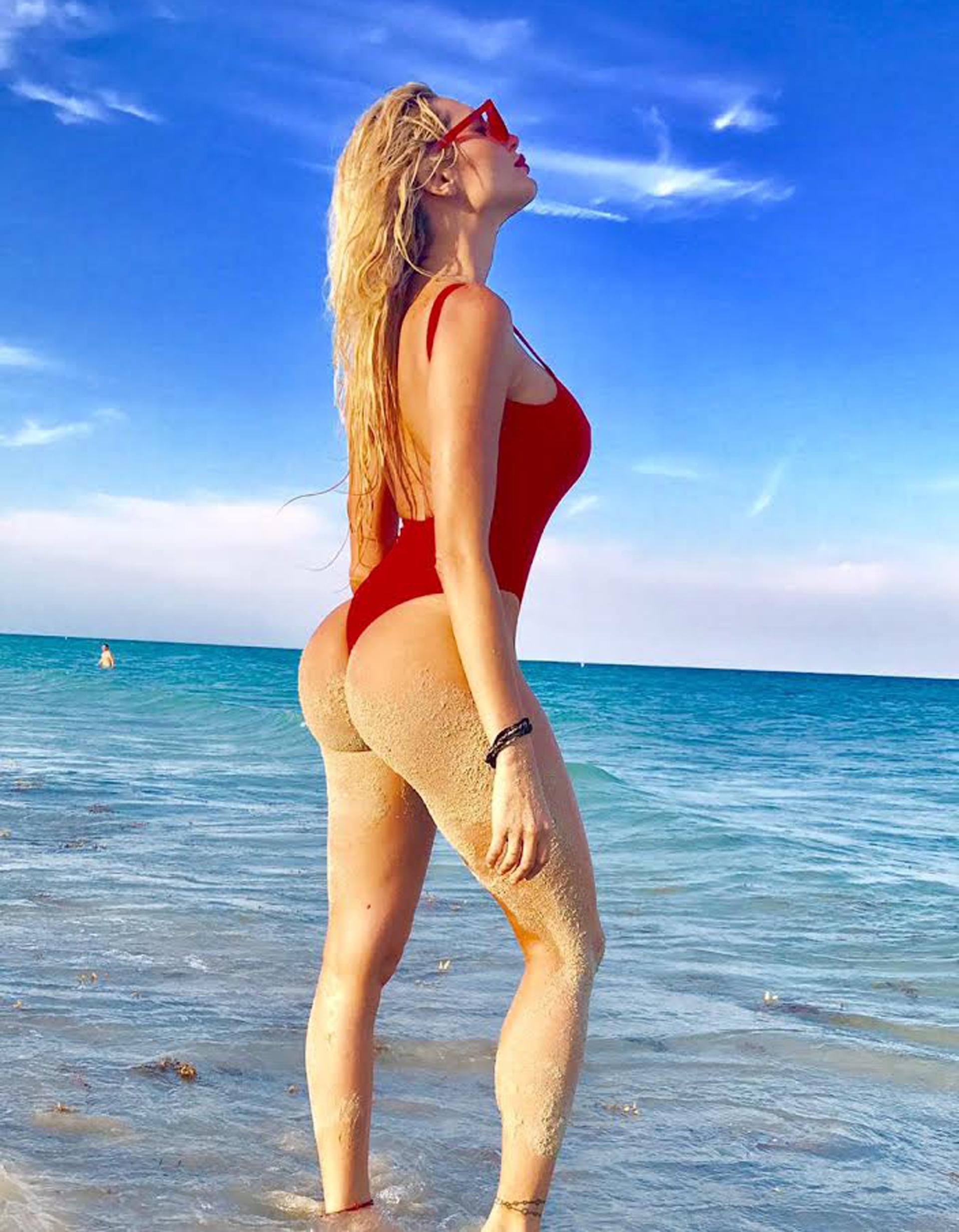 """Cada vez que tiene algunos días libres, la """"ex melliza griega"""" viaja a Miami"""