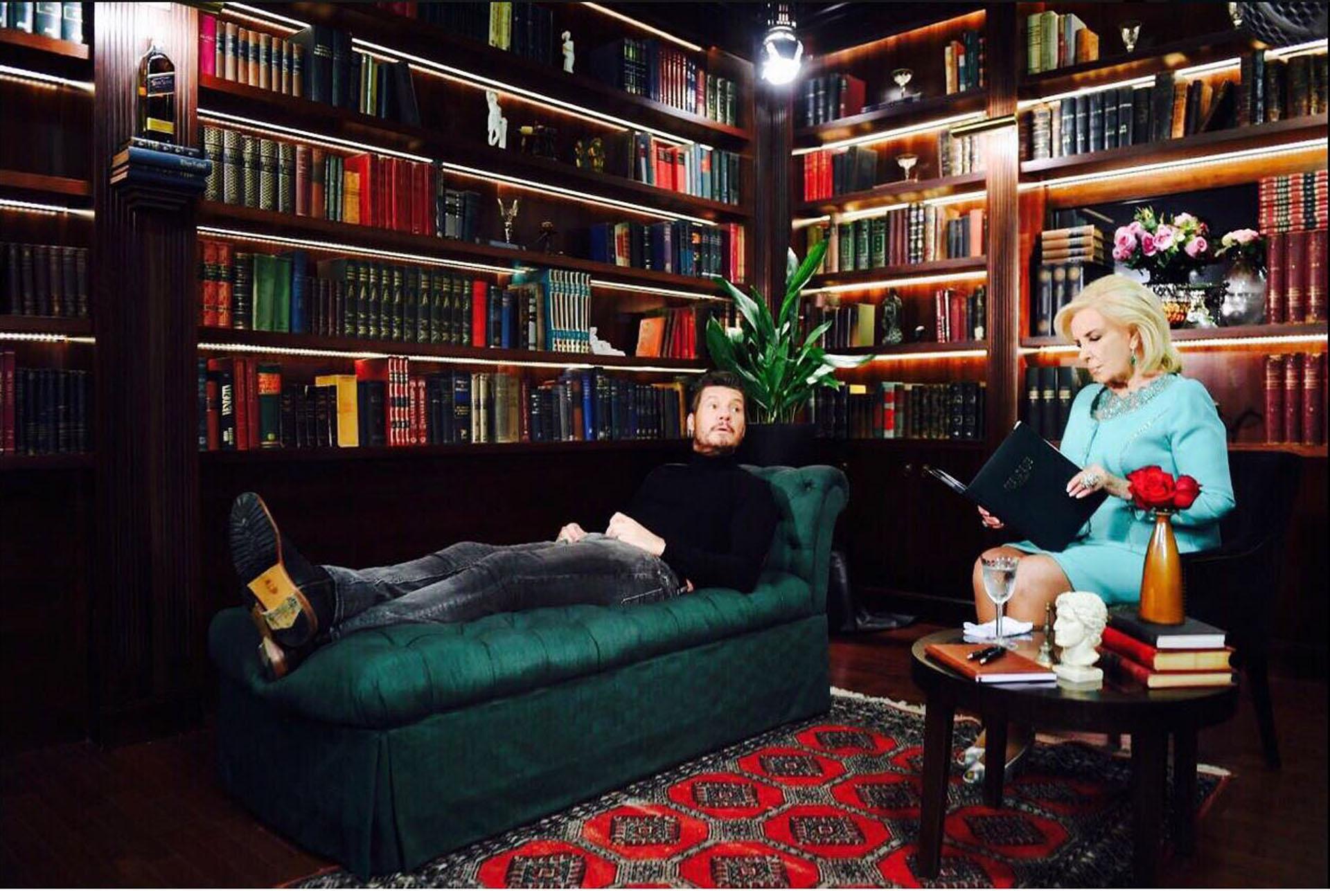 """Marcelo Tinelli y Mirtha Legrand, juntos en el sketch de apertura de """"ShowMatch"""""""