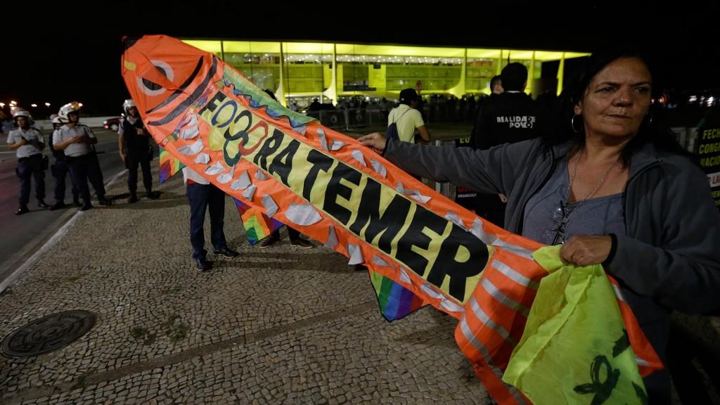 Los protestantes piden la renuncia de Temer (EFE)