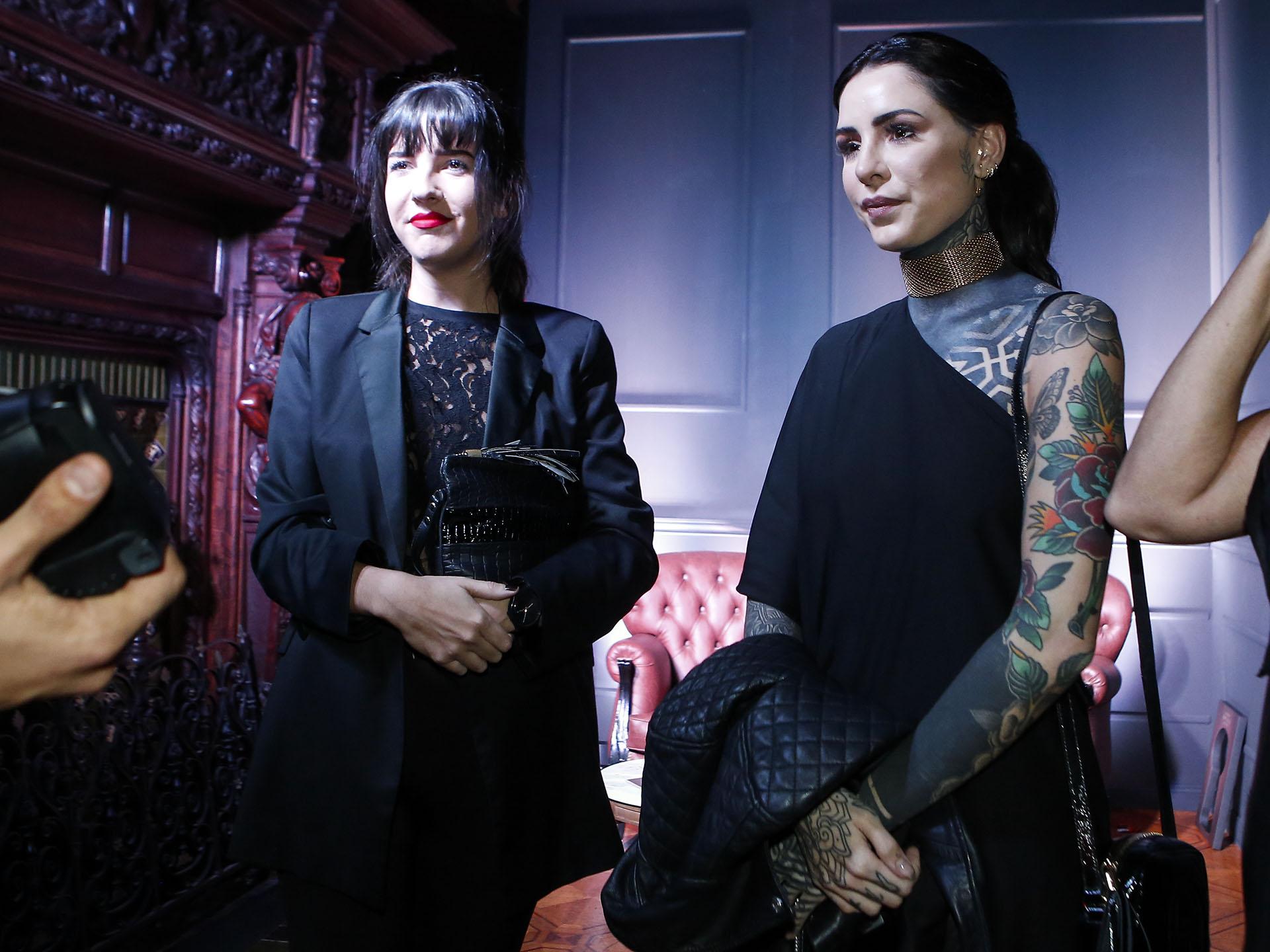 """Importantes celebridades, como Candelaria Tinelli, asistieron a la Temptation Party, luciendo el dress code requerido: """"Elegant Red & Black"""""""