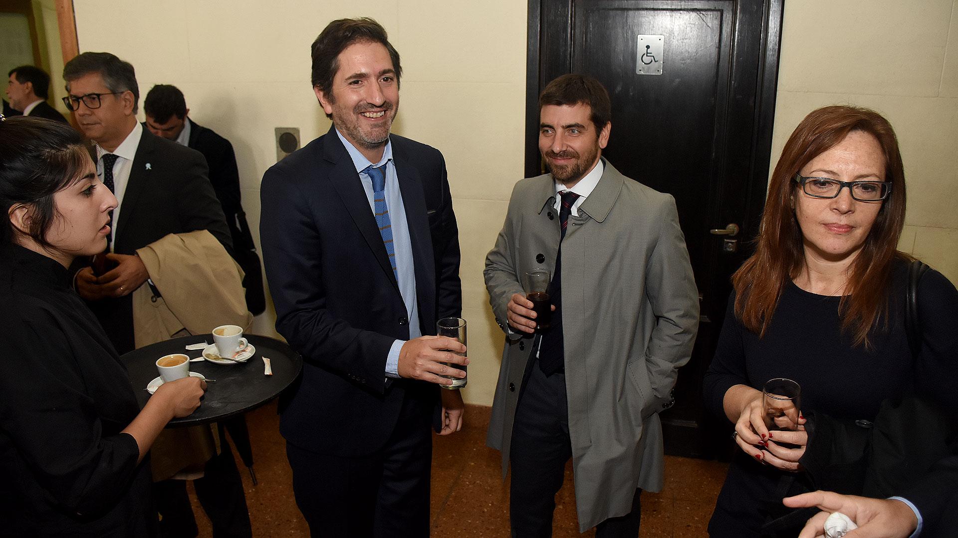 Sebastián Casanello, Nicolás Tosselli y Sabrina Namer