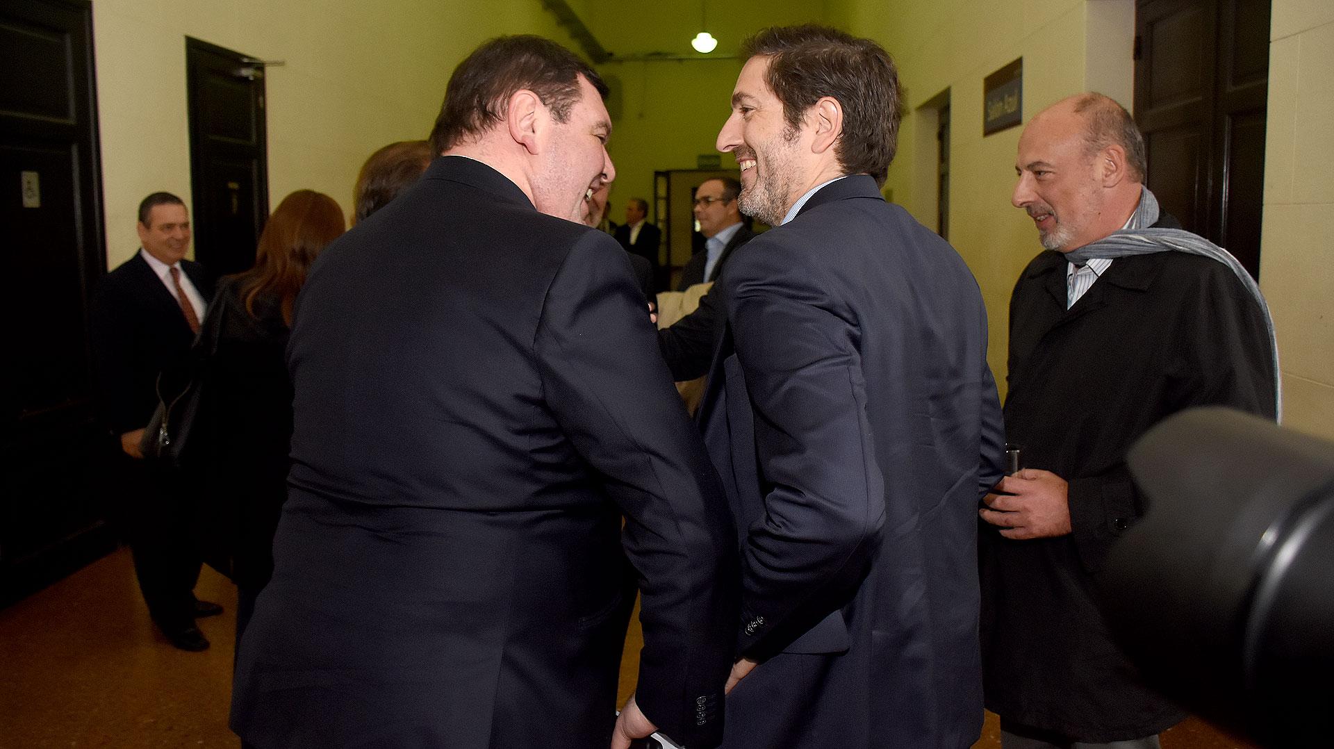 Sonrisas entre Lijo, Casanello y López Biscayart