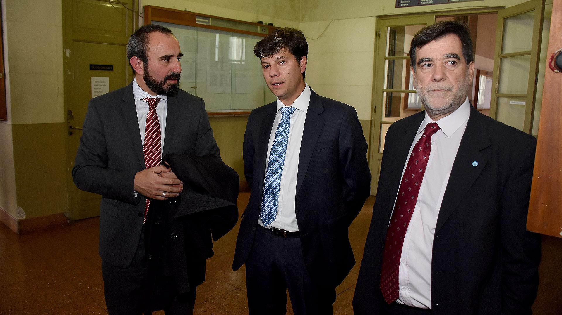 El juez federal de Esquel, Guido Otranto; juez federal de Mar del Plata, Santiago Inchausti: juez federal de General Roca, Ricardo Barreiro