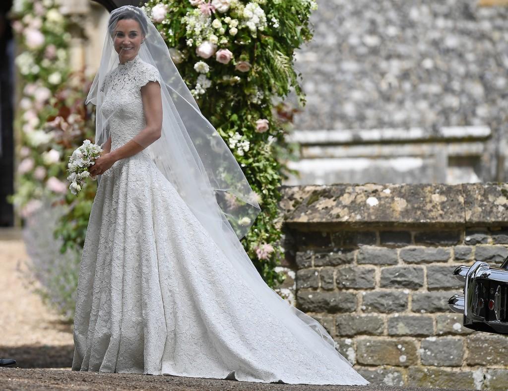 Pippa Middleton luce su vestido de novia (Reuters)