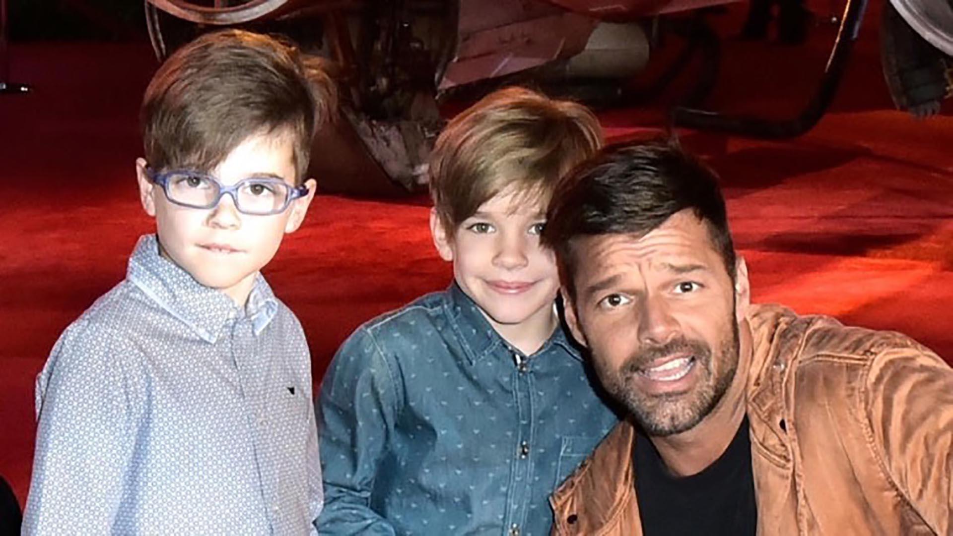 Ricky Martin, junto a su gemelos Valentino y Matteo que ya tienen 9 años