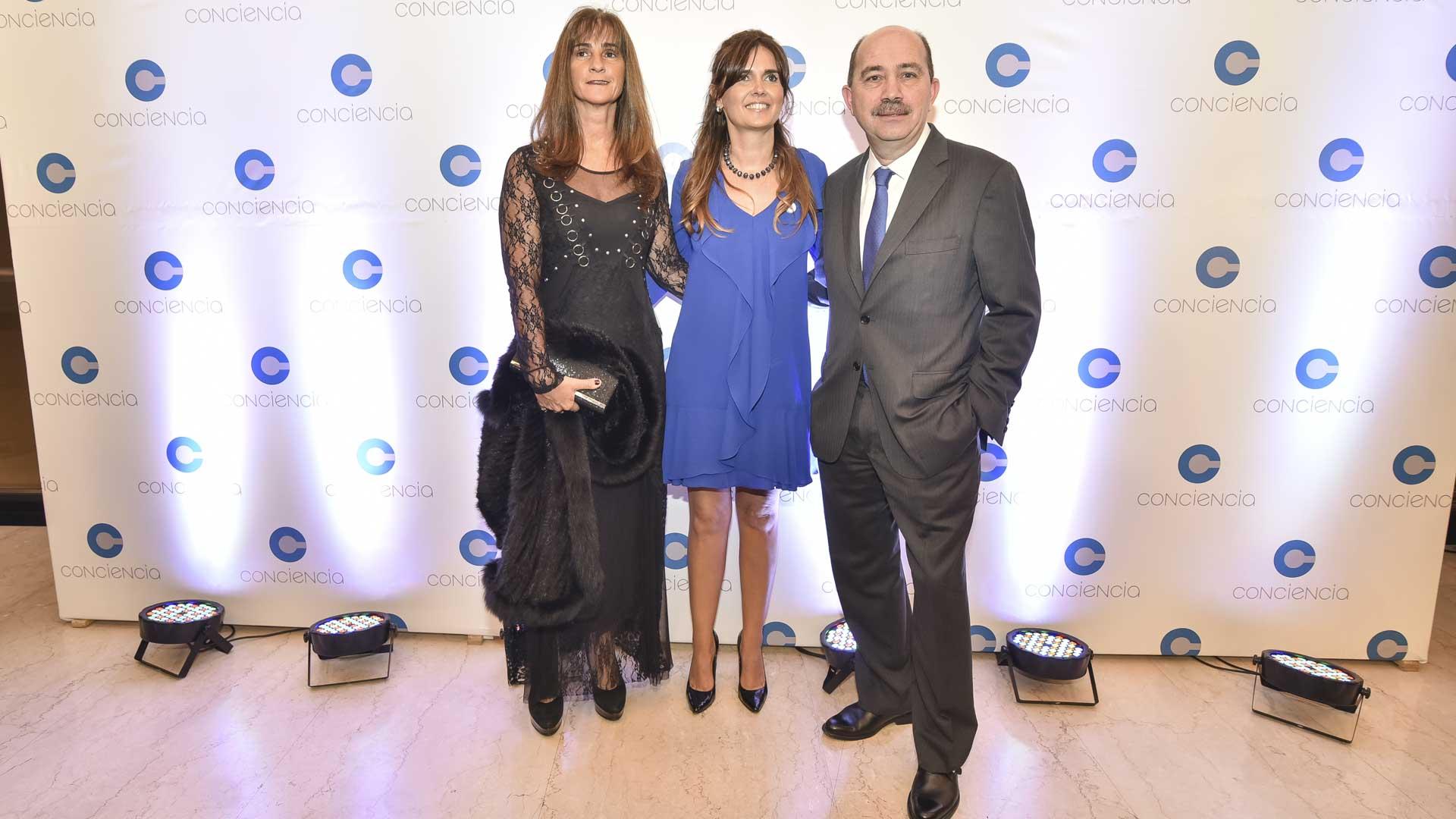 El presidente del Banco Ciudad, Javier Ortiz Batalla, y su esposa