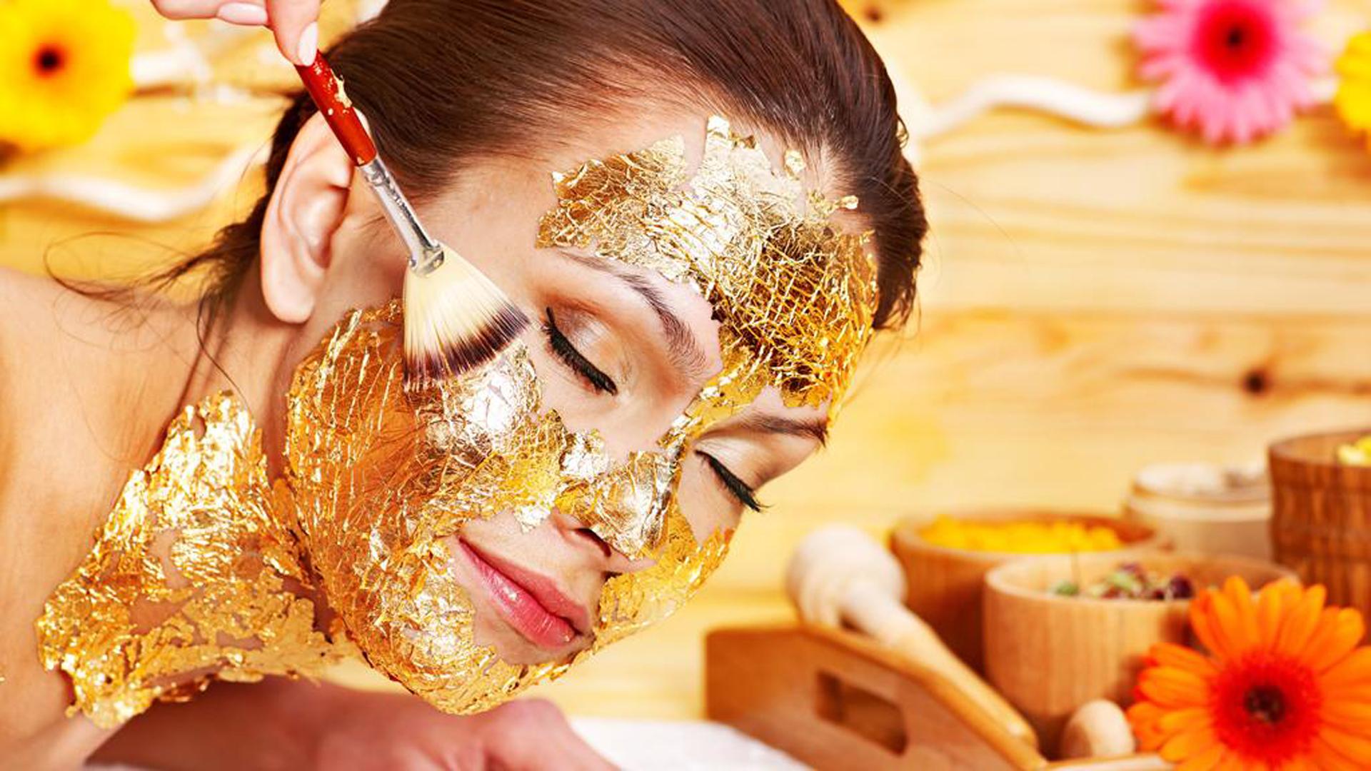 Última moda, las mascarillas de oro. Ayudan a rejuvenecer la piel y dar luminosidad (Kempinski)