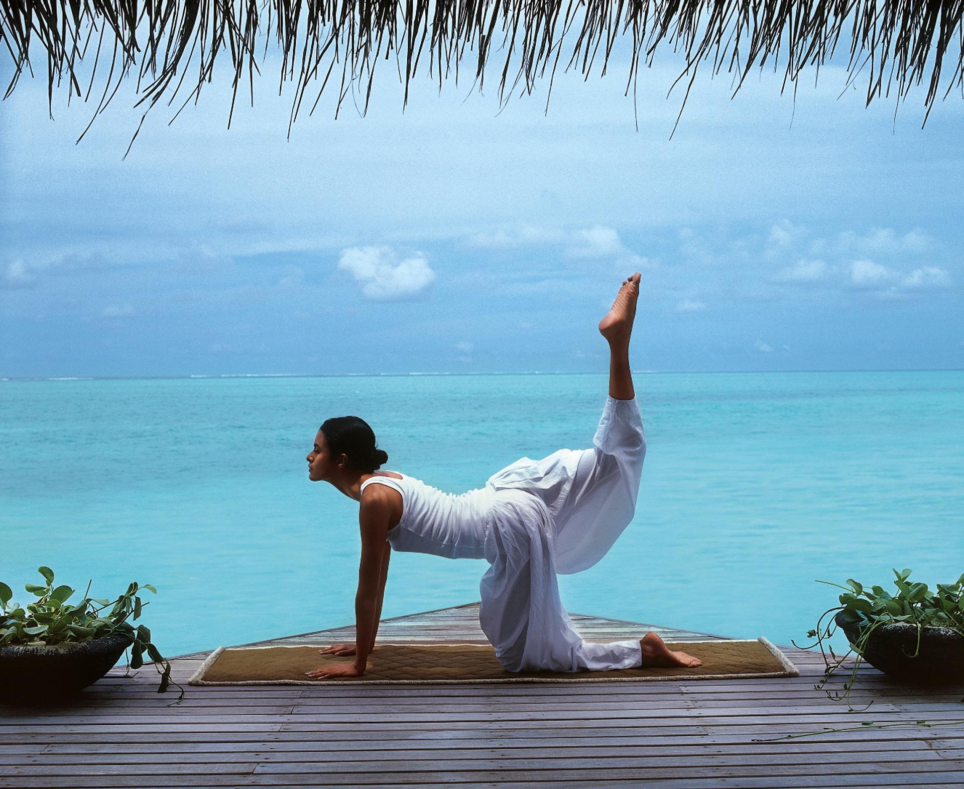 La practica de yoga es uno de los más solicitados por los huespedes que eligen las Maldivas como destino(Fine Hotels Spa & Resort of The World)