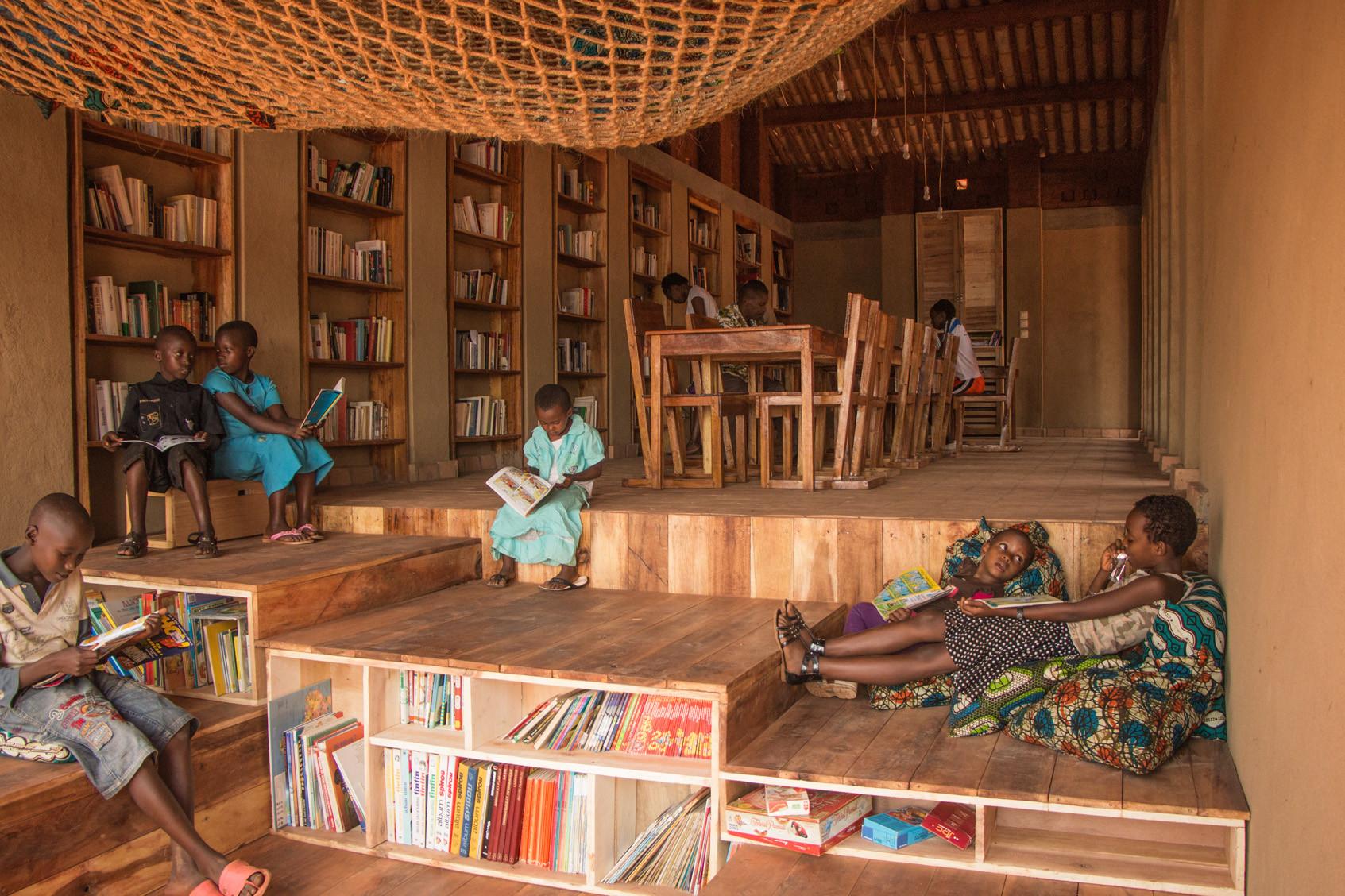 La biblioteca de Muyinga, en Burundi, fue diseñada por BC Architects (BC Architects)