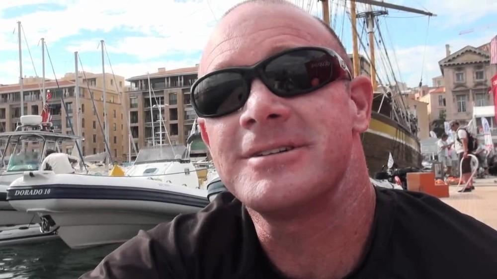 Kevin Hall. Captura de pantalla vía Youtube