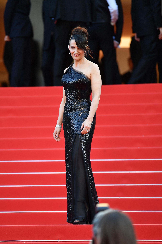 La francesa Juliette Binochedio clase sobre elegancia en la alfombra roja del Festival de Cannes