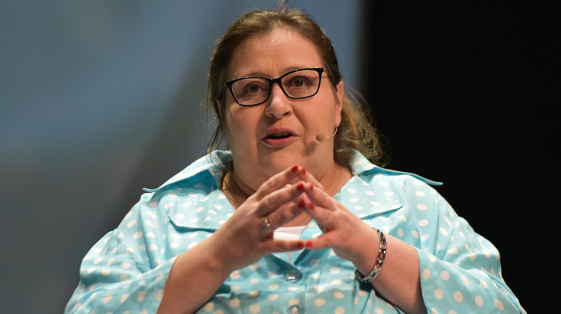 La abogada Graciana Peñafort expuso en el primer panel sobre violencia de género