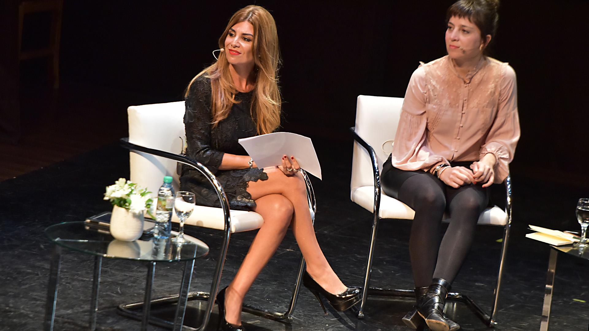 La coordinadora del panel, Lina Anllo, y la economista Mercedes D'Alessandro