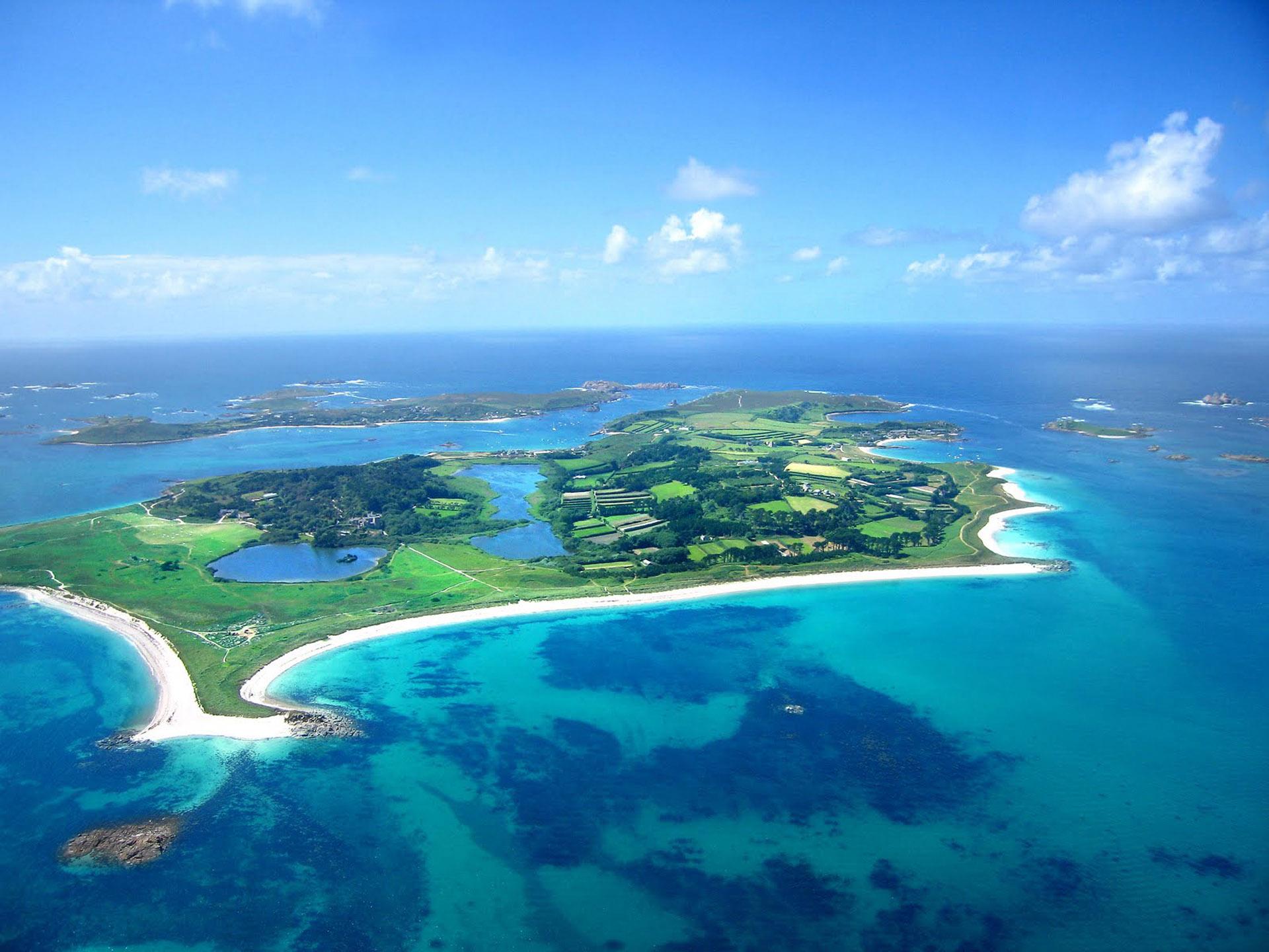 En las vistas aereas es donde más se pueden apreciar los colores de las aguas turquesa de la isla