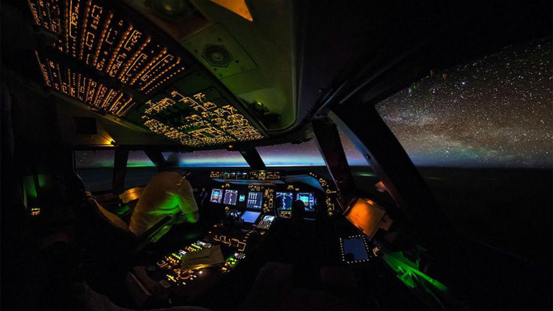Las espectaculares fotos que muestran cómo es el mundo desde la cabina de un Boeing 747