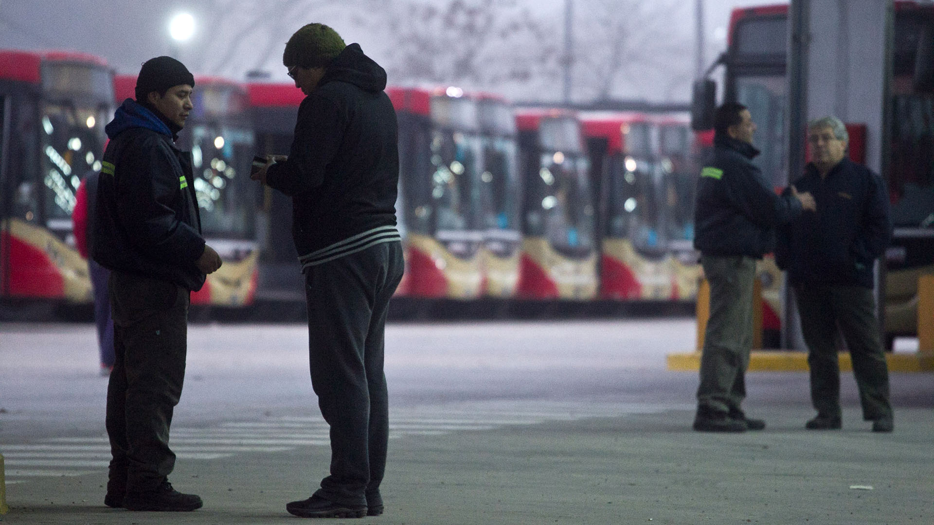La línea 60 sigue de paro, reclaman más seguridad y reincorporación de despedidos – Fotos: Télam – NA
