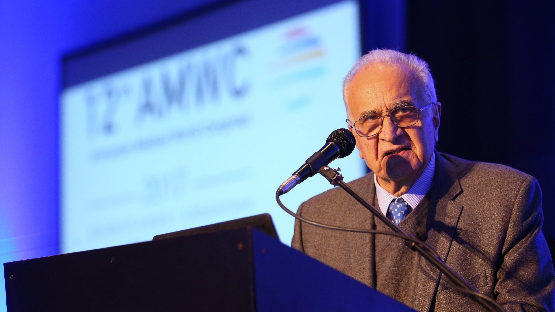 En la ceremonia de apertura, habló el dr. Daniel Stamboulian, el presidente del comité organizador de la conferencia y uno de los profesionales médicos más reconocidos del país
