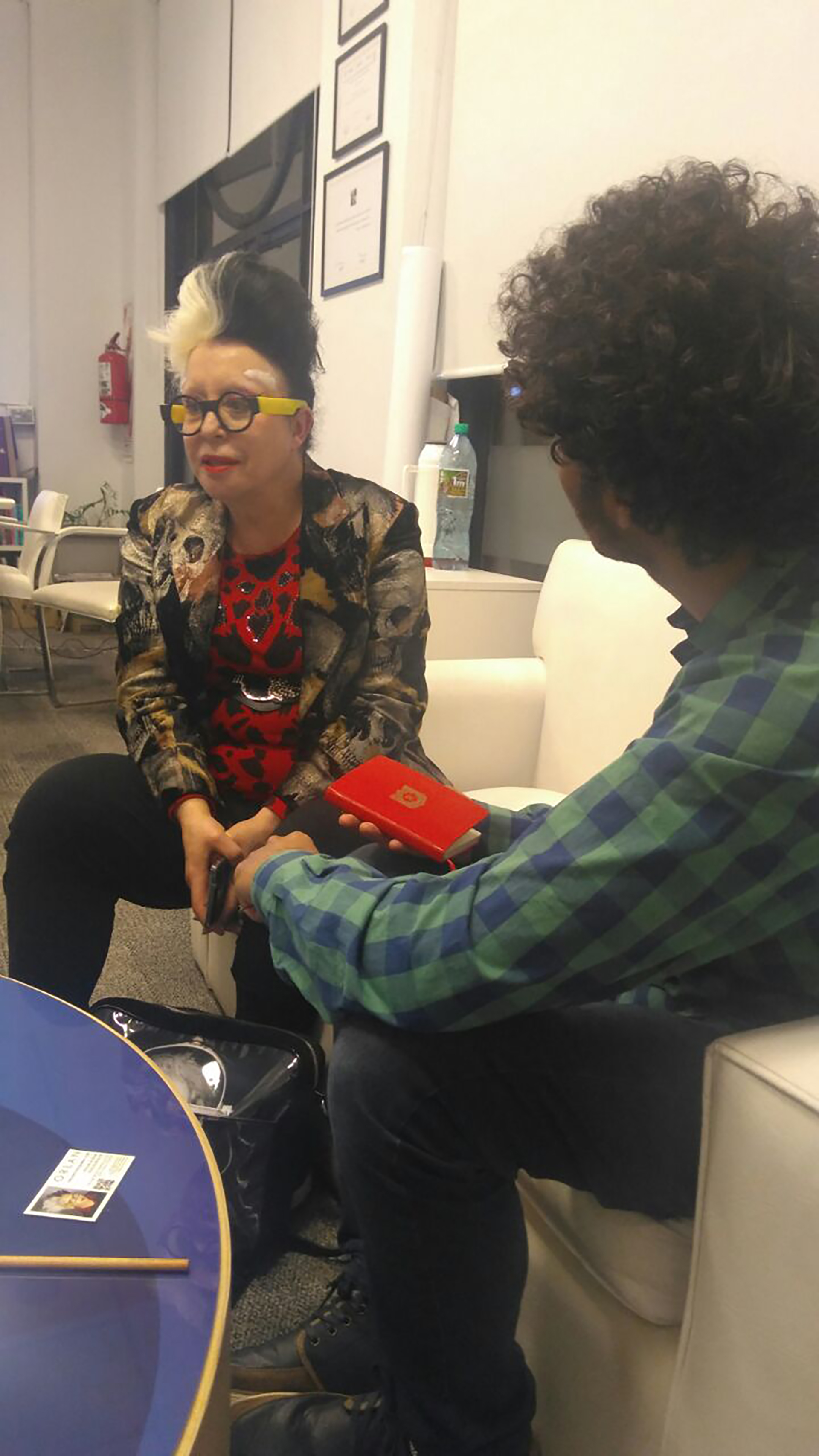 ORLAN, durante la entrevista con Infobae