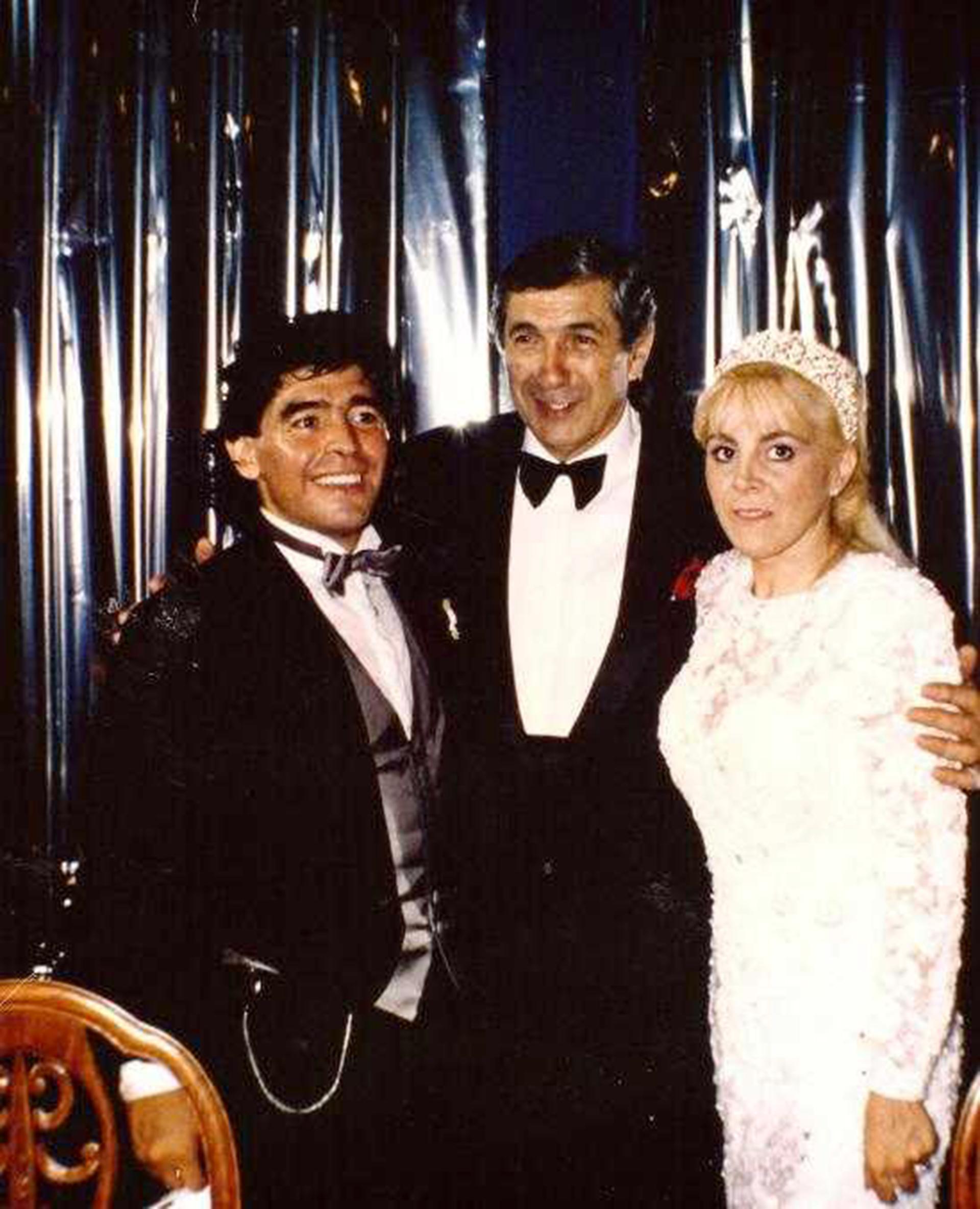 El Luna Park albergó el casamiento de Maradona en 1989