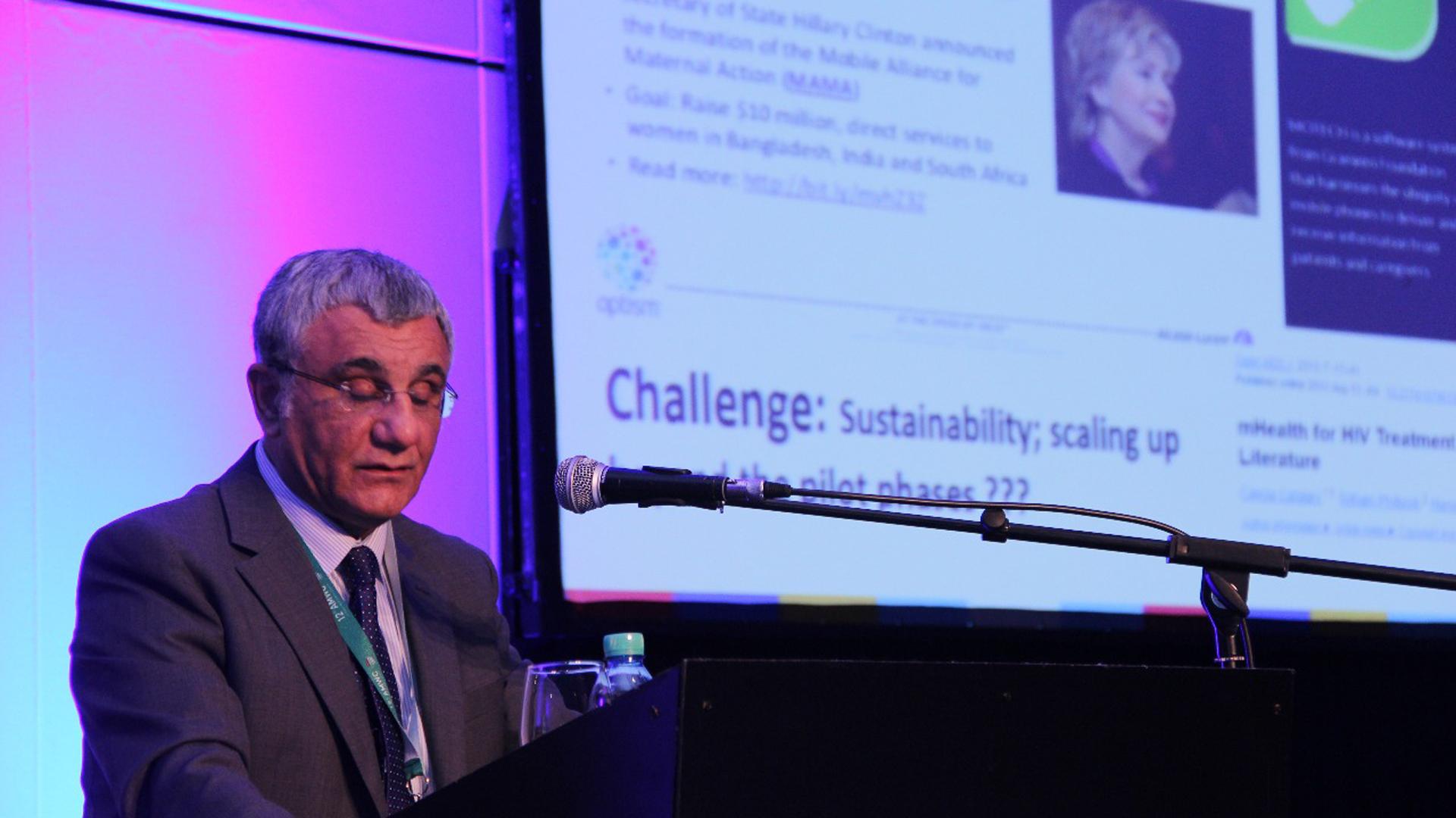"""Profesor Robert Istepanian, """"m-healthologist"""", académico en el Departamento de Ingeniería Eléctrica y Electrónica del Imperial College de Londres y creador de la idea de """"Salud 4G"""" (Francesco Garabello)"""