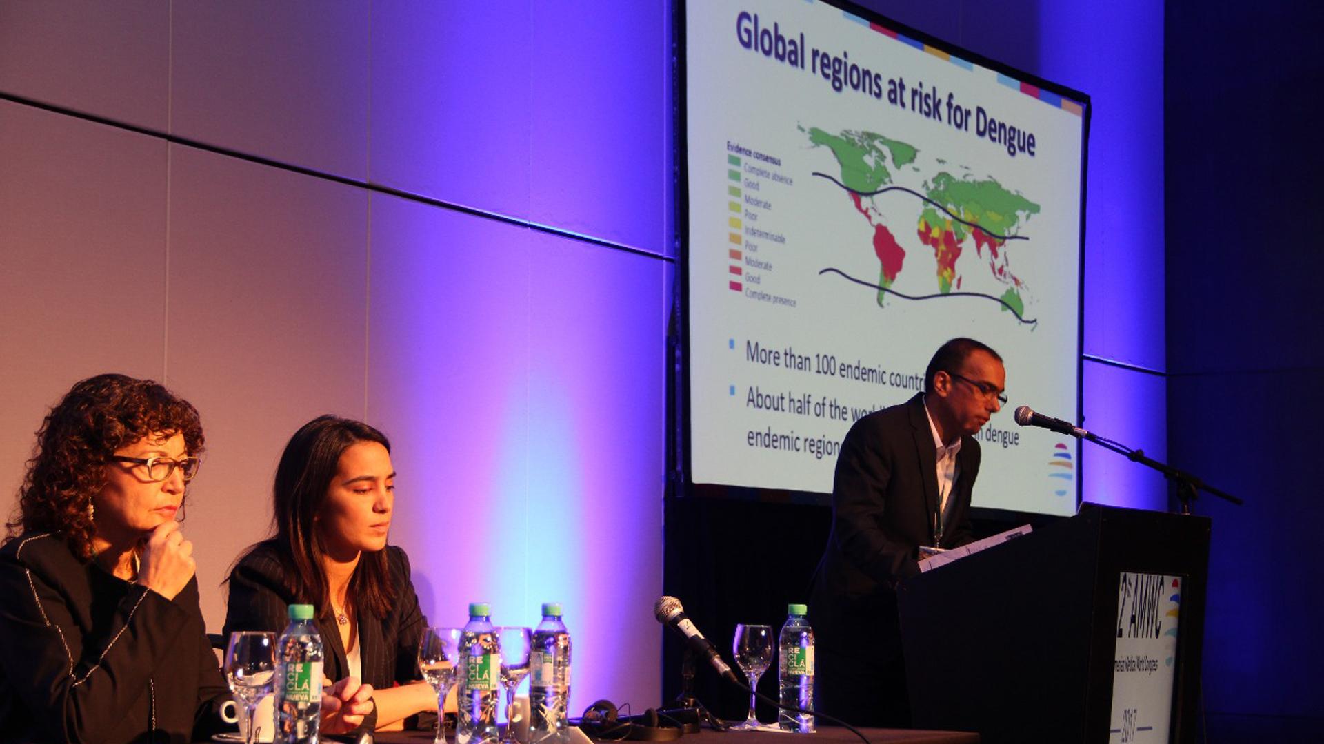 Pablo Elmassian, médico infectólogo argentino, habló de las enfermedades infecciones por vectores, más precisamente del dengue y del zika (Francesco Garabello)
