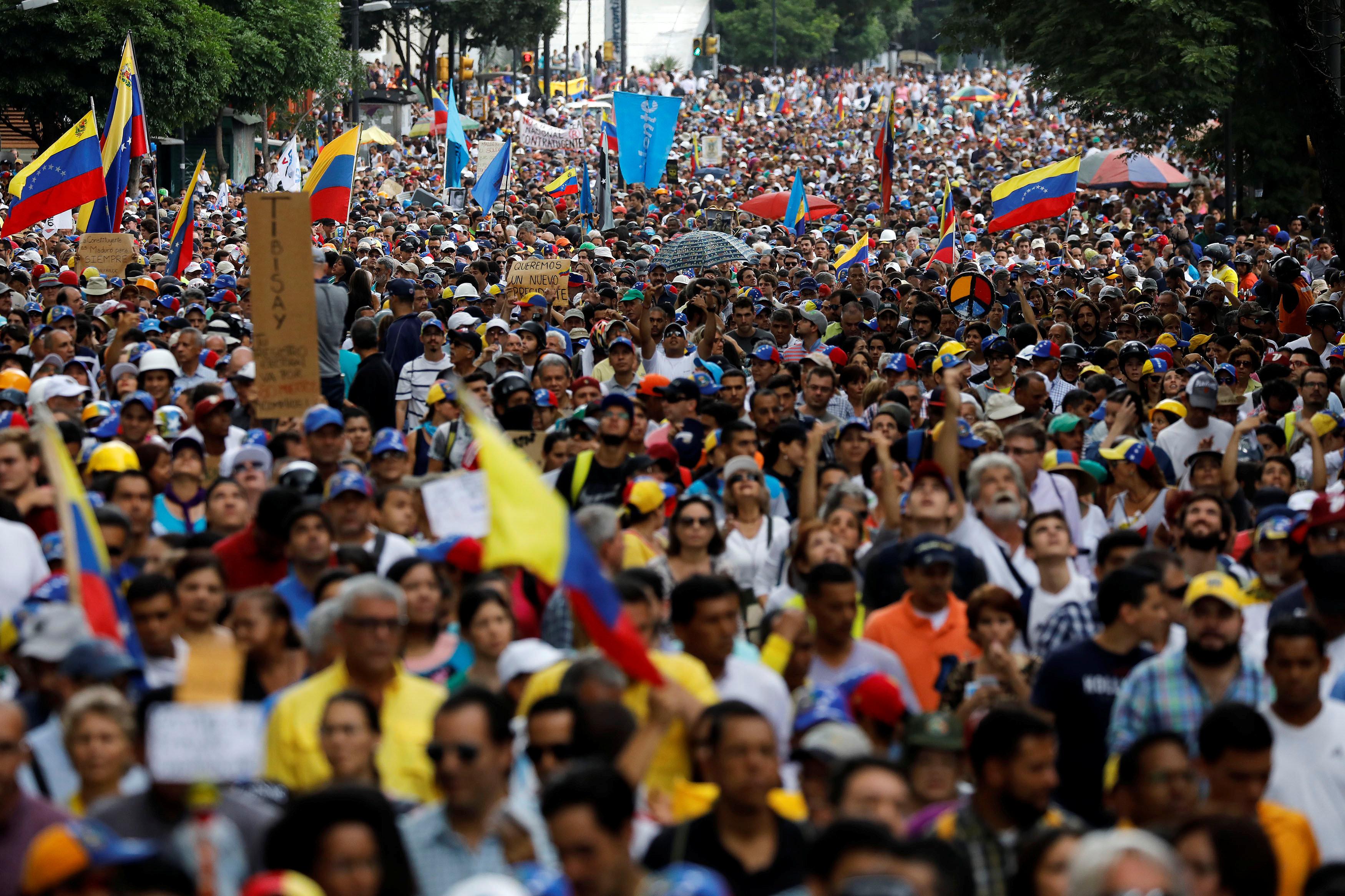 Los venezolanos protestan a diario contra Nicolás Maduro (Reuters)
