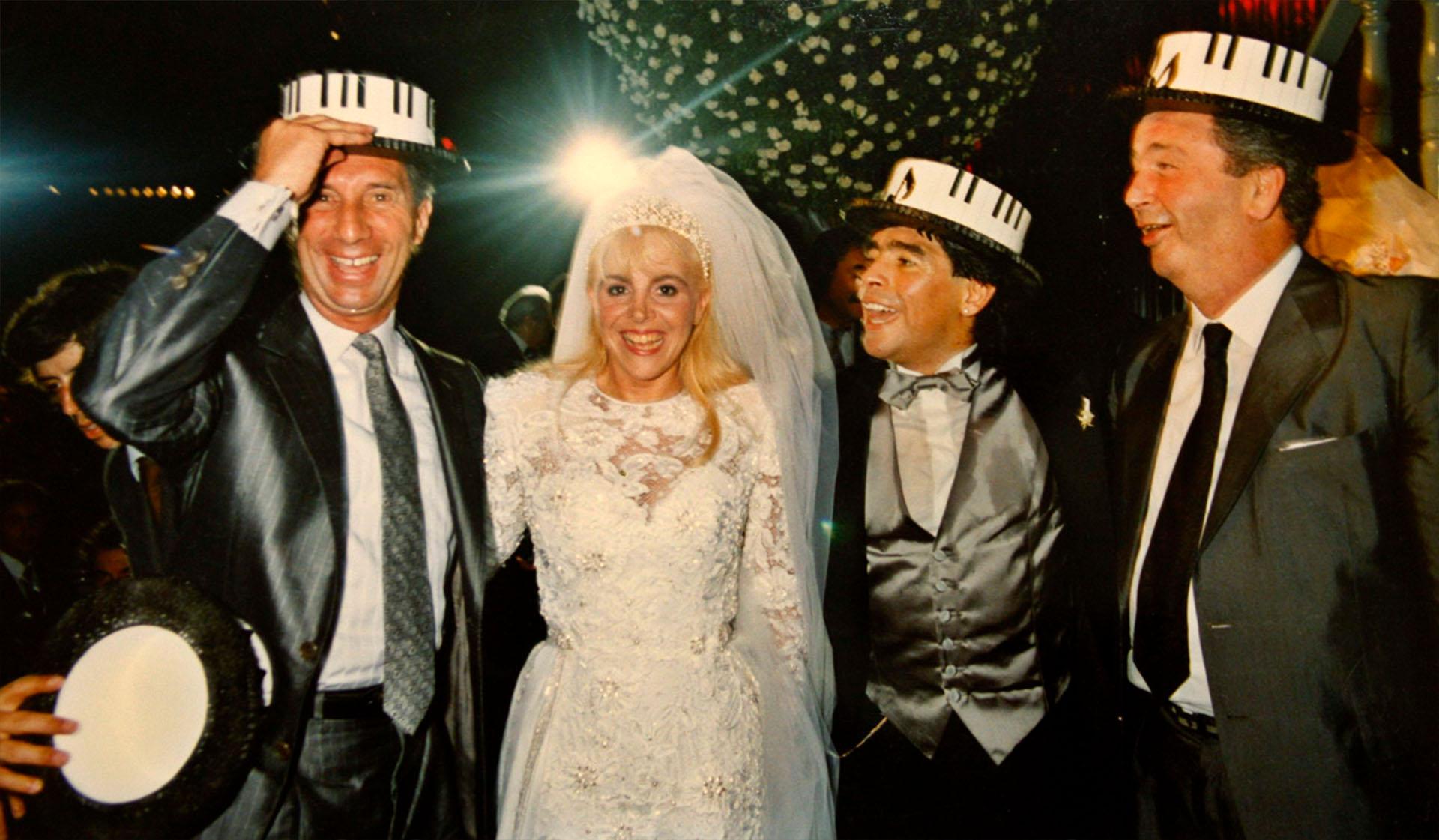 Carlos Bilardo y Julio Grondona en el casamiento de Claudia y Diego, en 1986