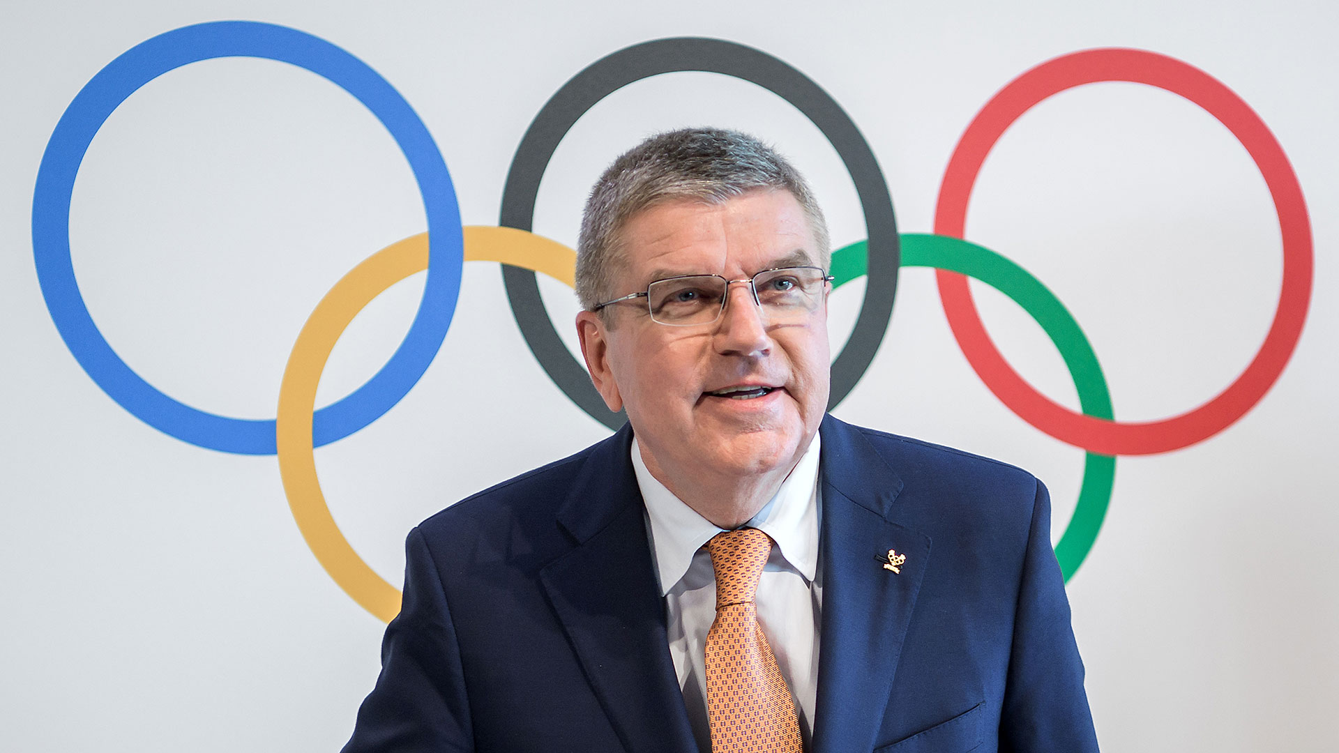Thomas Bach, presidente del COI, encabezó la conferencia de prensa (AFP)