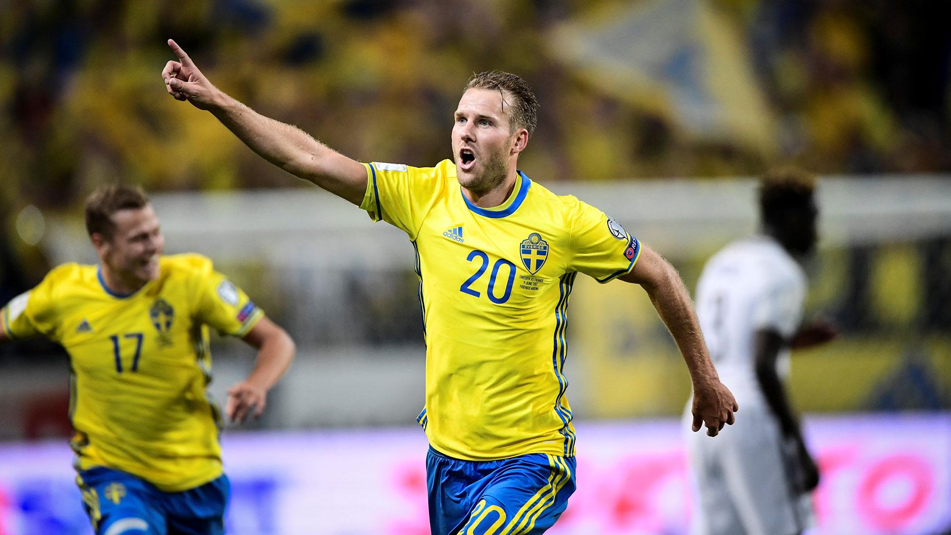 Suecia venció a Francia y saltó a la cima del grupo (Reuters)