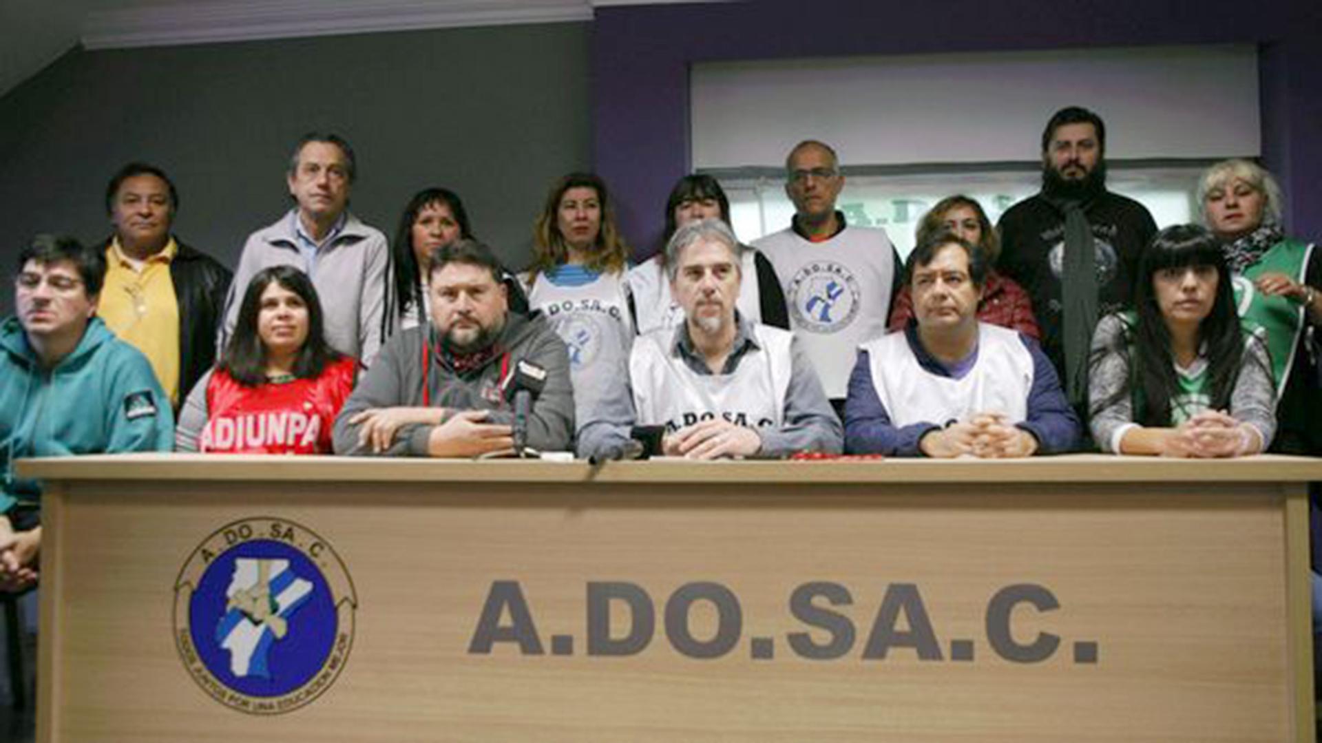 Adosac anunció un nuevo paro luego de que se suspendiera la reunión paritaria