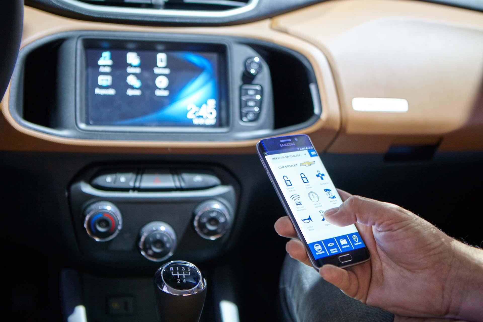 La nueva generación del Chevrolet Onix Activ es compatible con Apple CarPlay® y Android Auto® (GM)
