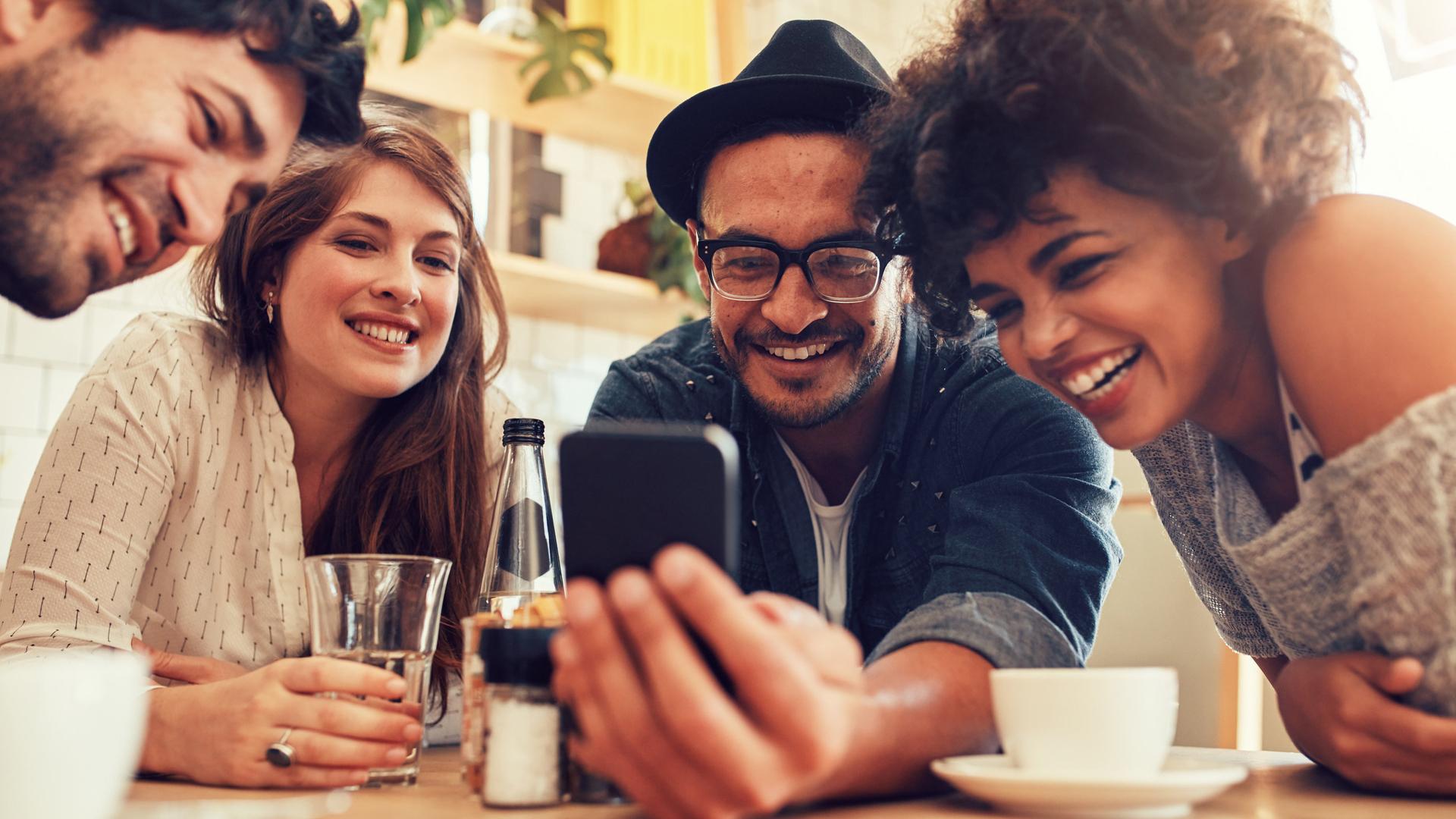 El 78% de los Millennials tiene un smartphone (iStock)