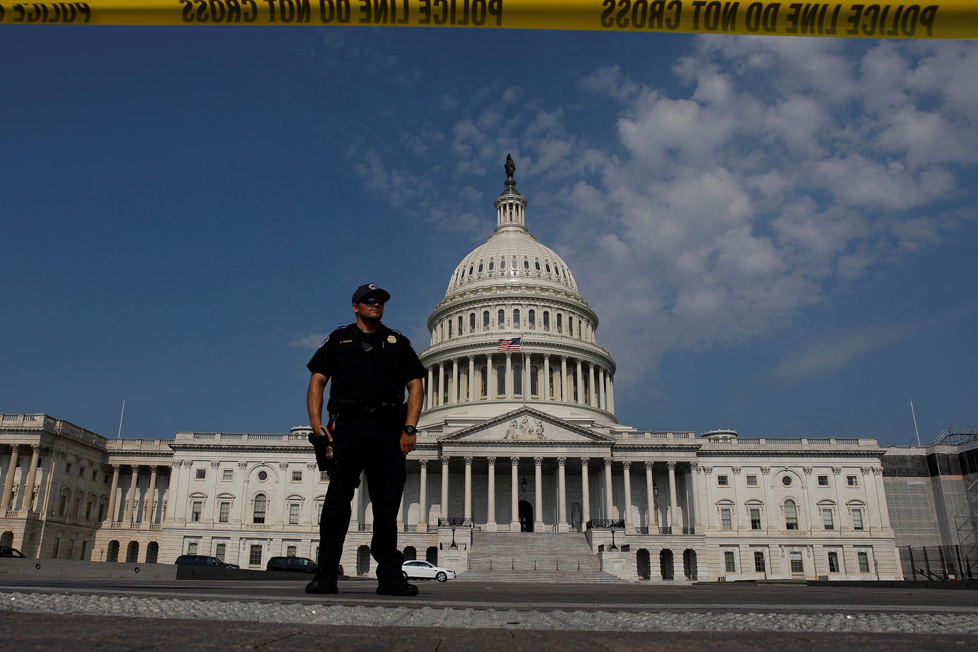 La Policía de Washington vigila el Capitolio tras un tiroteo en la cercana Alejandría