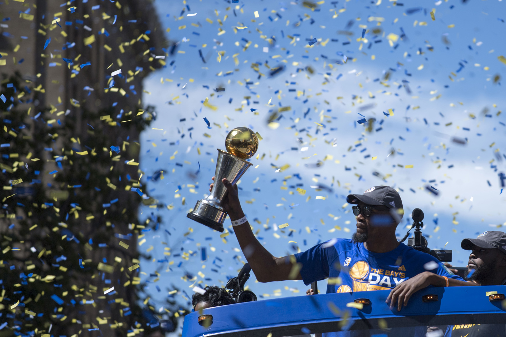 Kevin Durant fue elegido MVP de la final