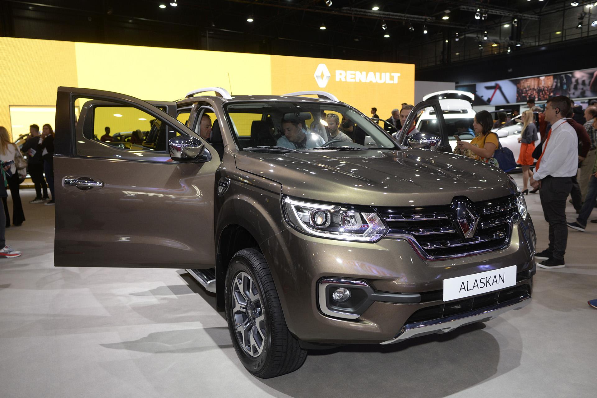 En fotos: la presencia de Renault en el Salón del Automóvil - Infobae