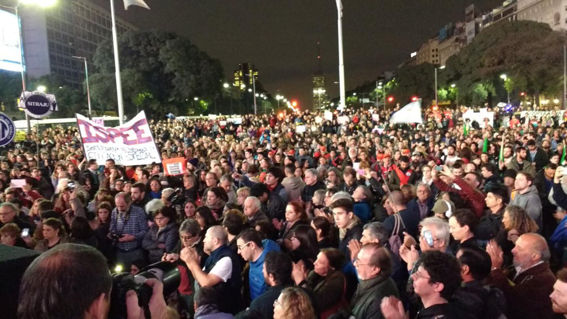 La protesta en el Obelisco