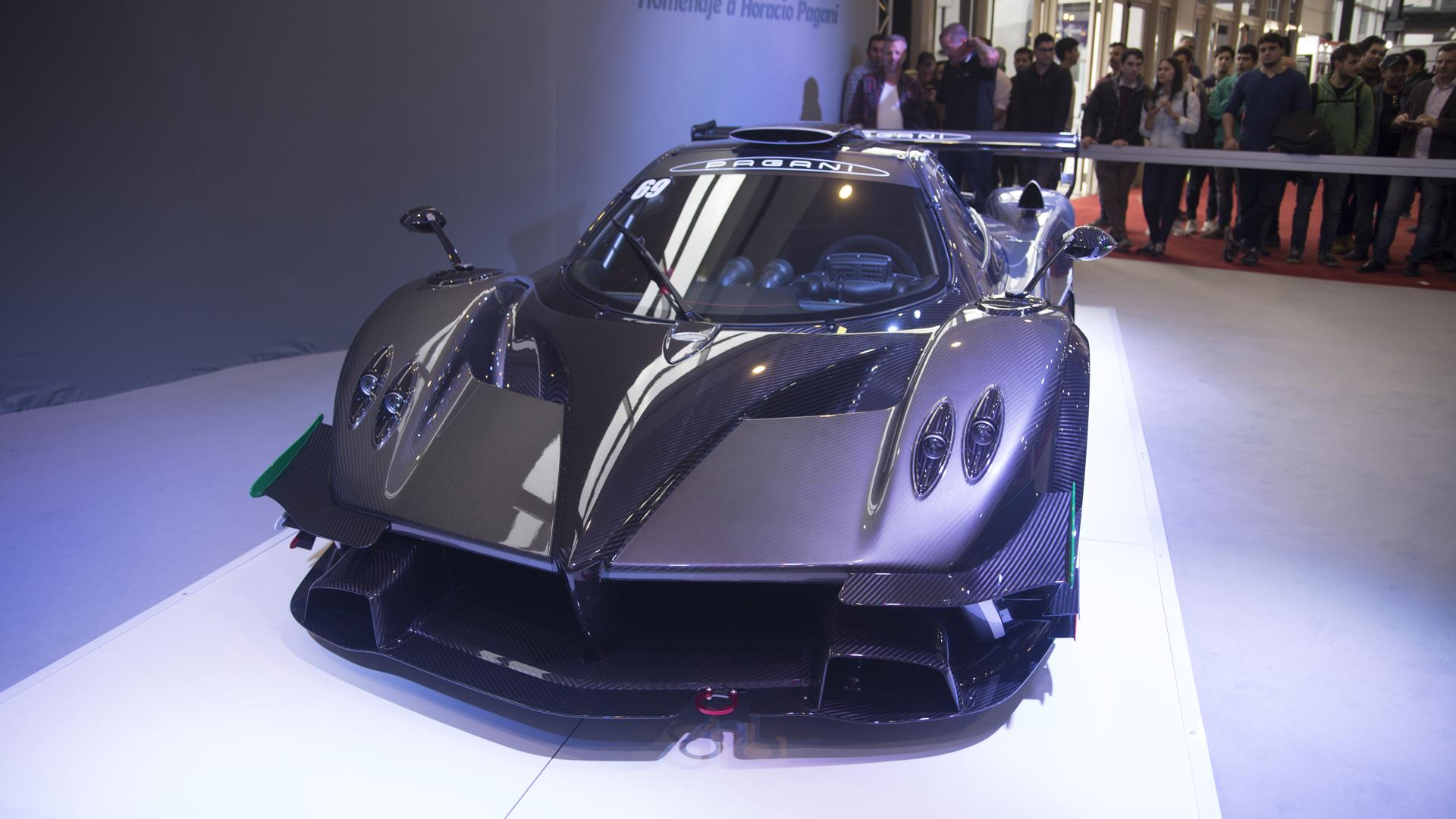 El Pagani Zonda Revolution de Pablo Pérez Companc es el auto más convocante de la feria automotriz