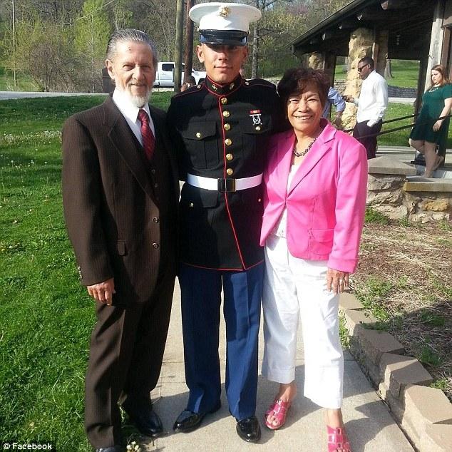 Ripple es padrastro de los 4 hijos de su esposa, quien lo acompañó este martes a declarar ante la corte