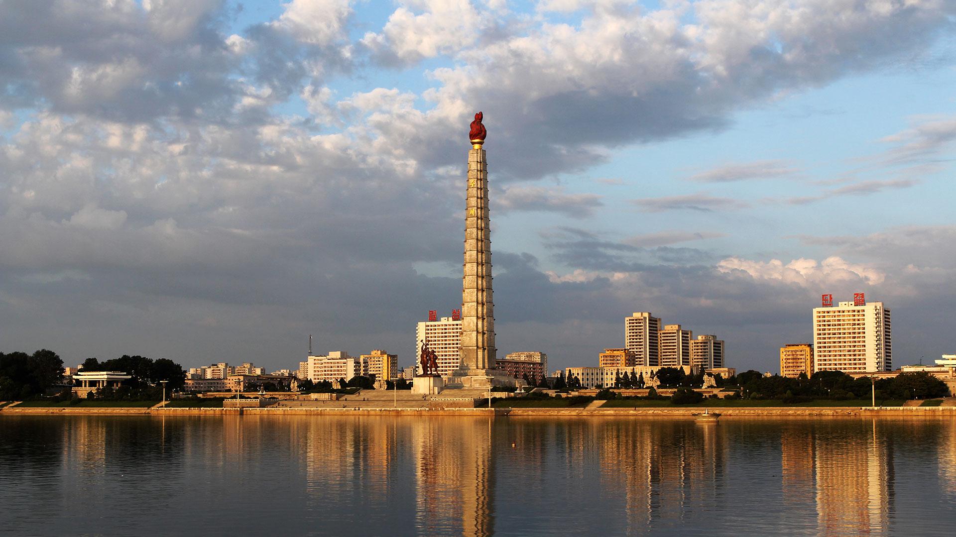 La Torre Junche, en las orillas del río Taedong