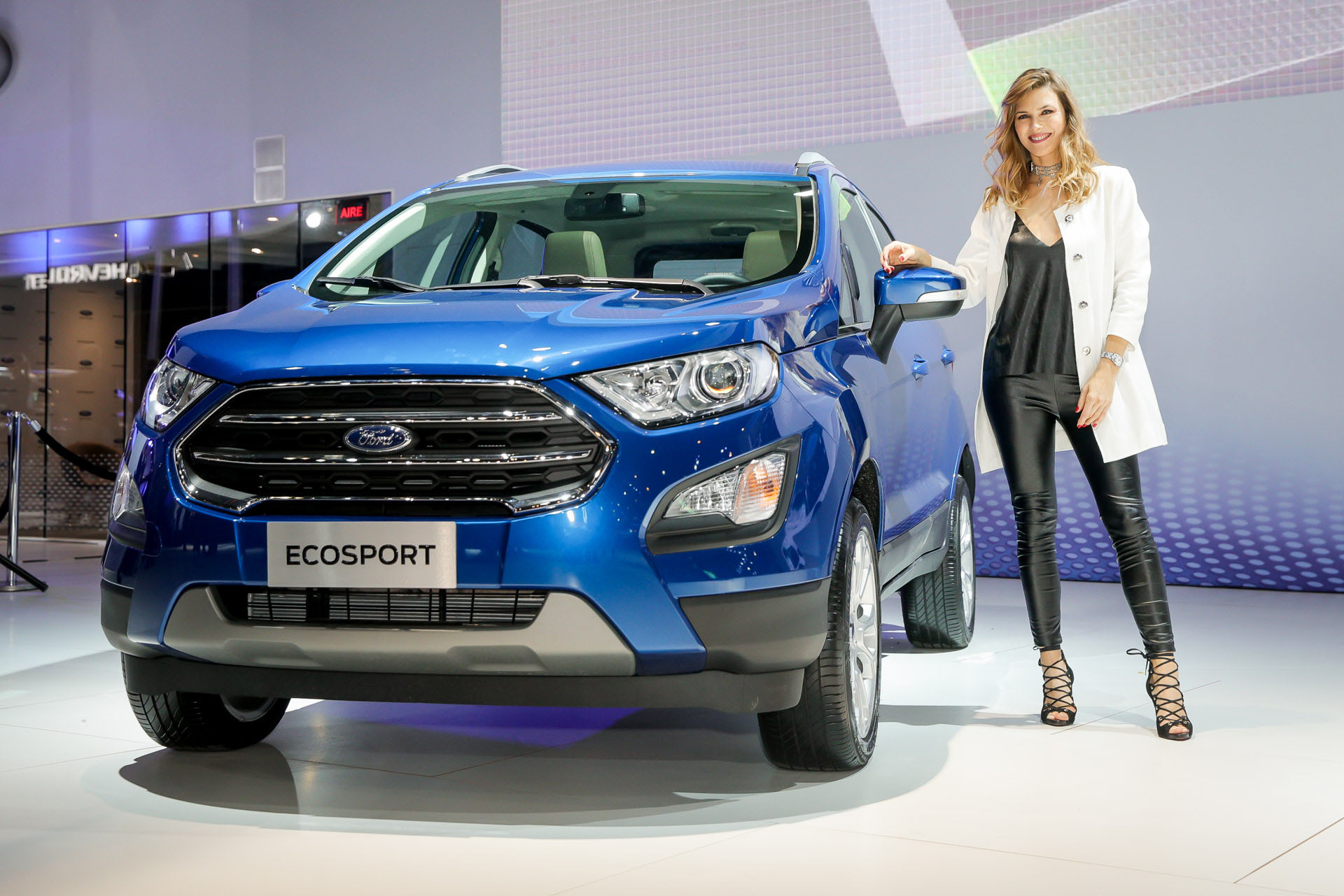 La modelo Pia Slapka también posó junto a la Nueva Ecosport