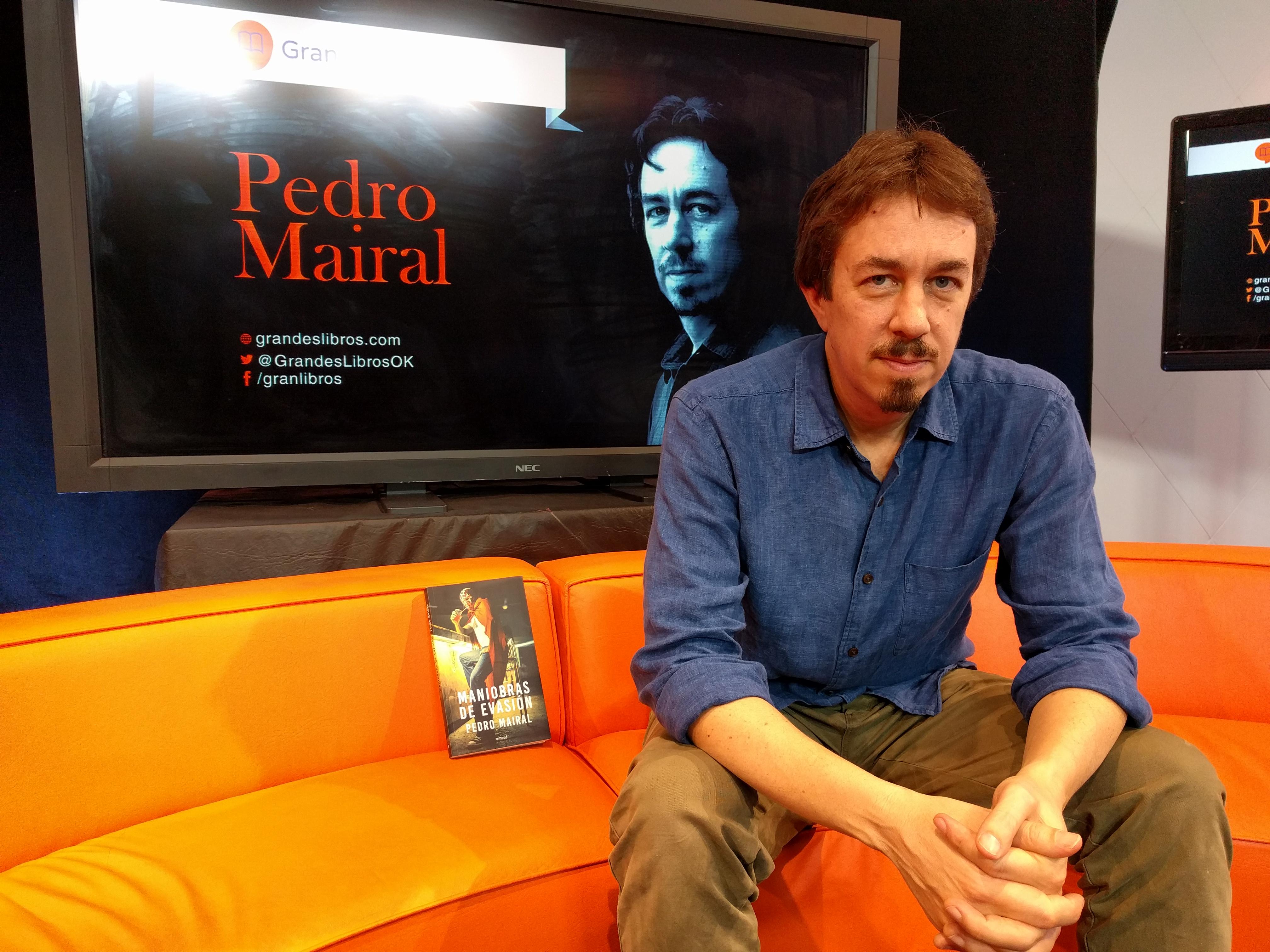 Pedro Mairal en el auditorio de Grandes Libros