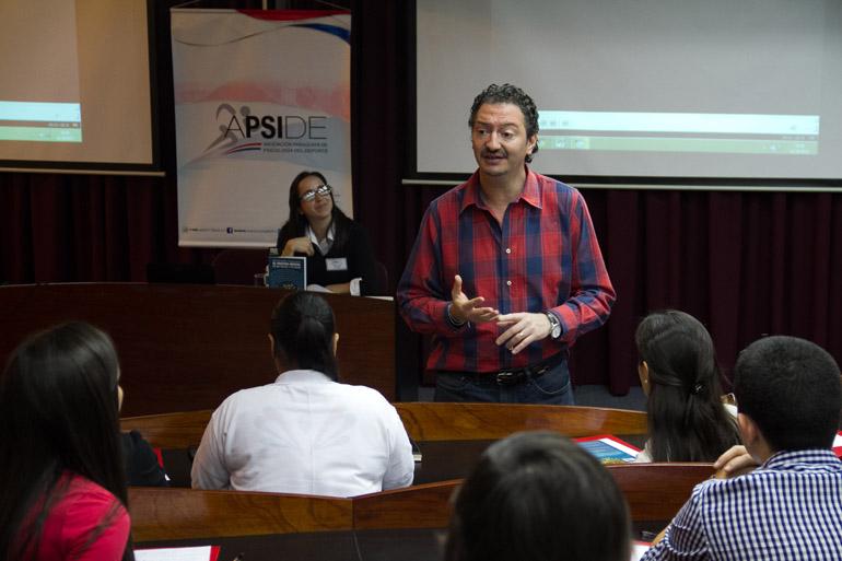 Marcelo Roffe, psicólogo especializado en deportes