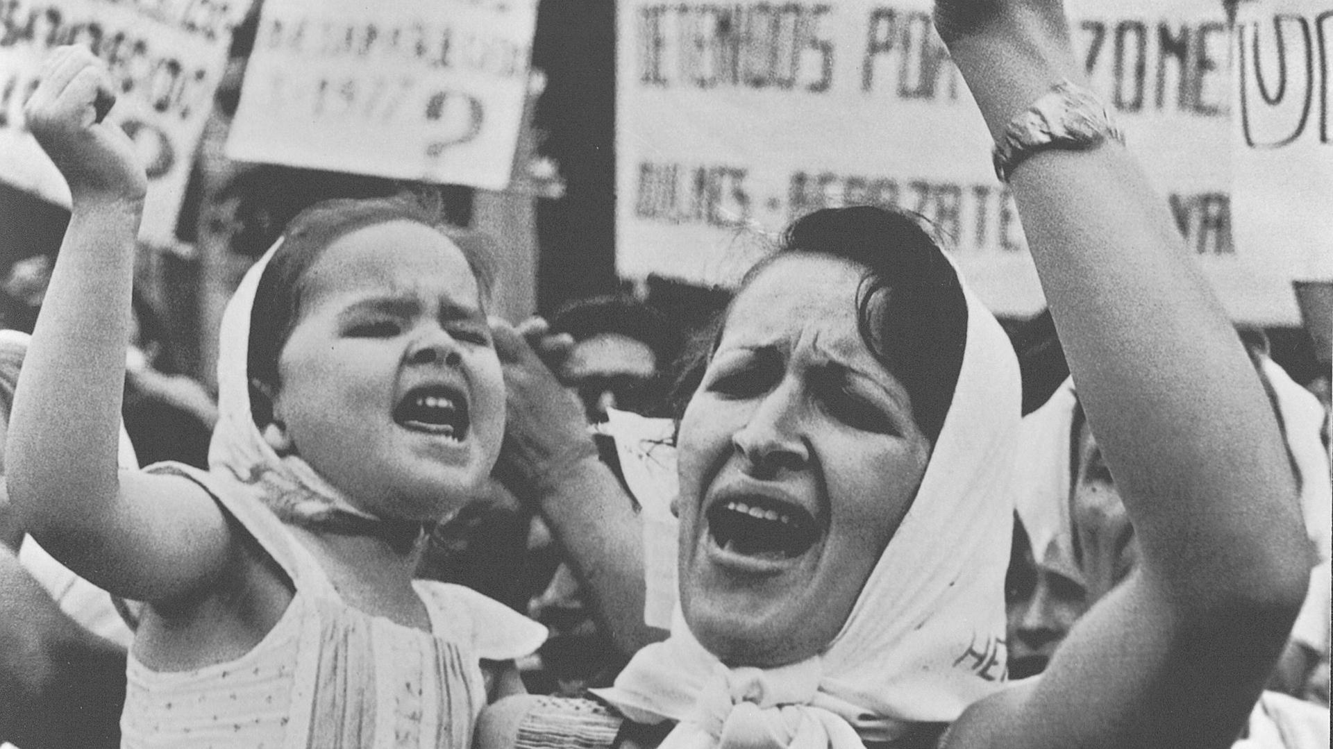 """Madres y Abuelas de Plaza de Mayo, presente en """"Sublevaciones"""""""