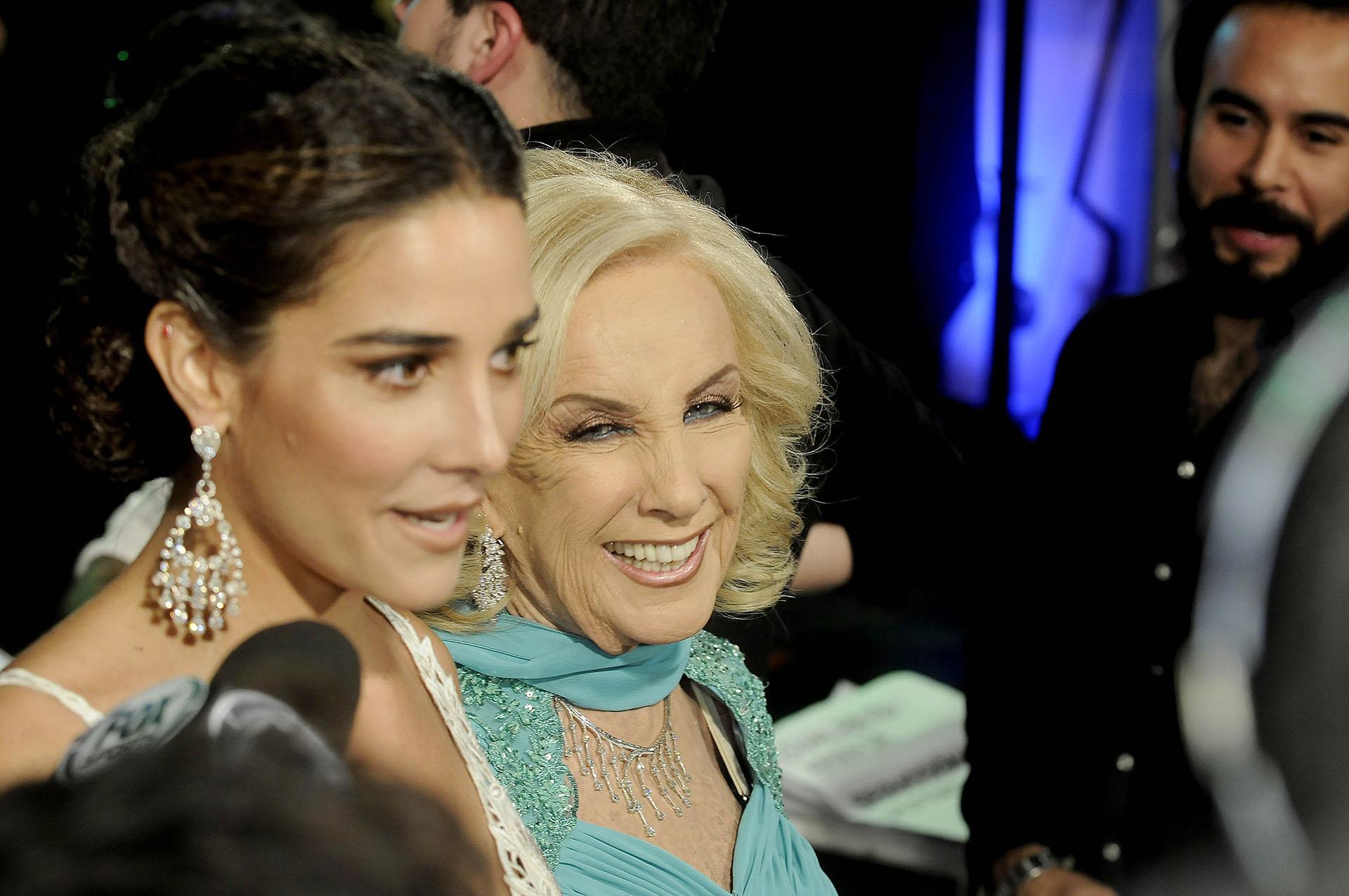 Juanita Viale y Mirtha Legrand (DyN)