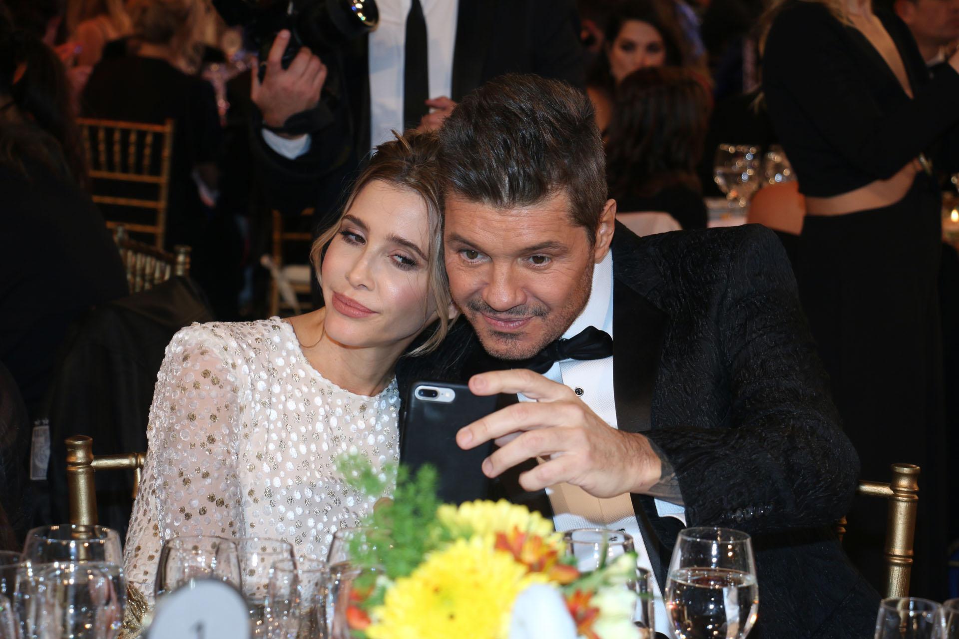 La selfie de Marcelo Tinelli y Guillermina Valdes