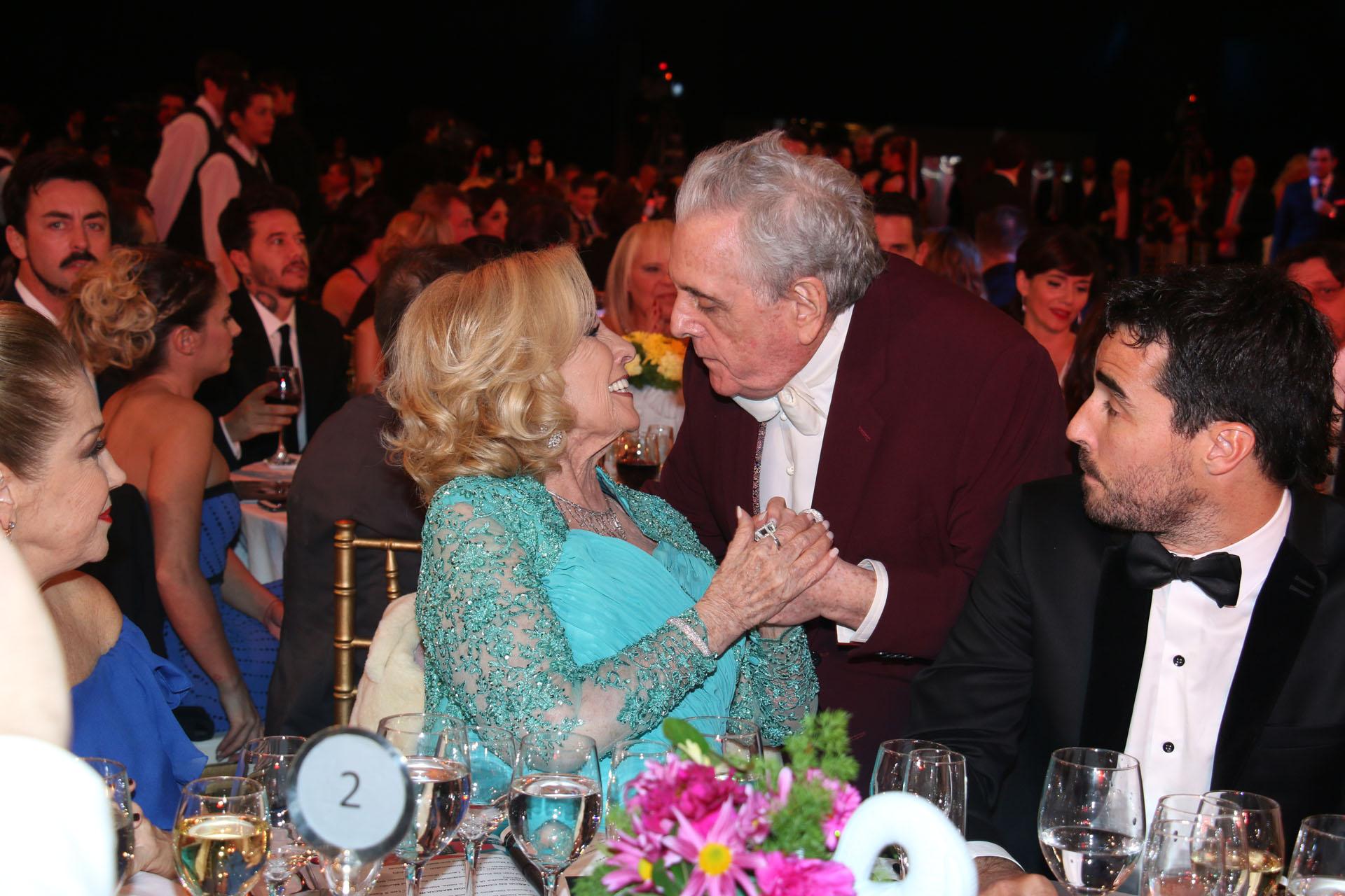 El saludo de Antonio Gasalla y Mirtha Legrand