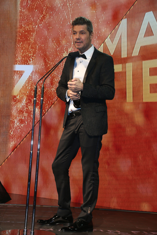 Marcelo Tinelli agradeciendo su premio a Mejor Conductor